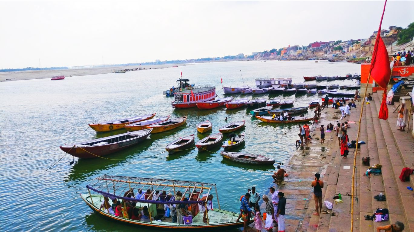Photo of Dashashwamedh Ghat By Shivangi Sarabhai