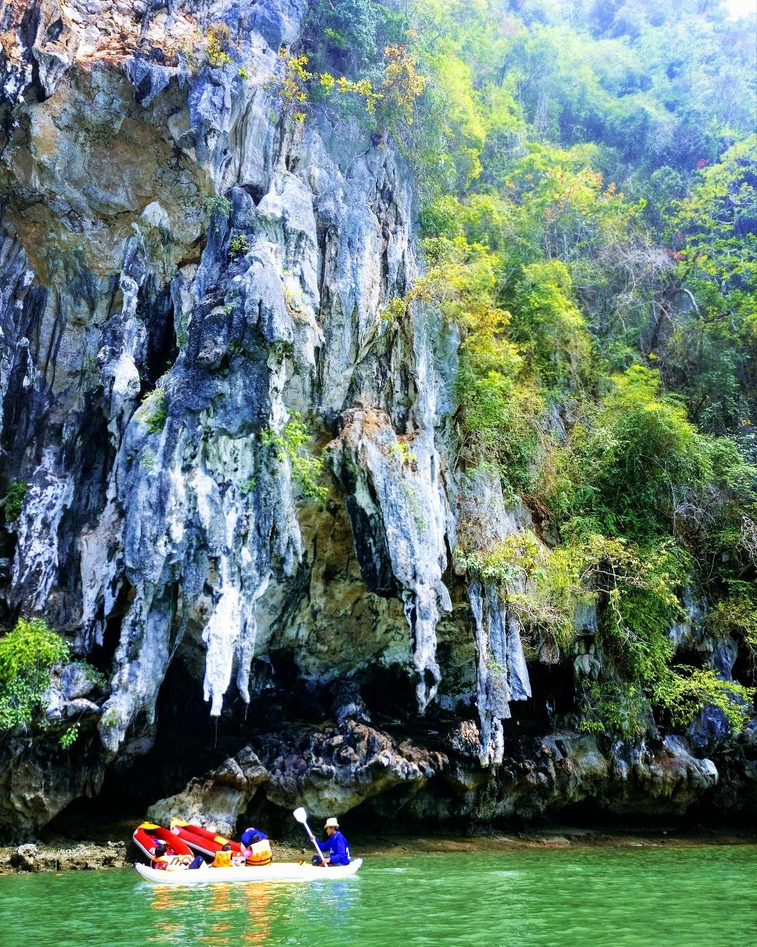 Photo of Phang Nga Bay By Radhika Arora