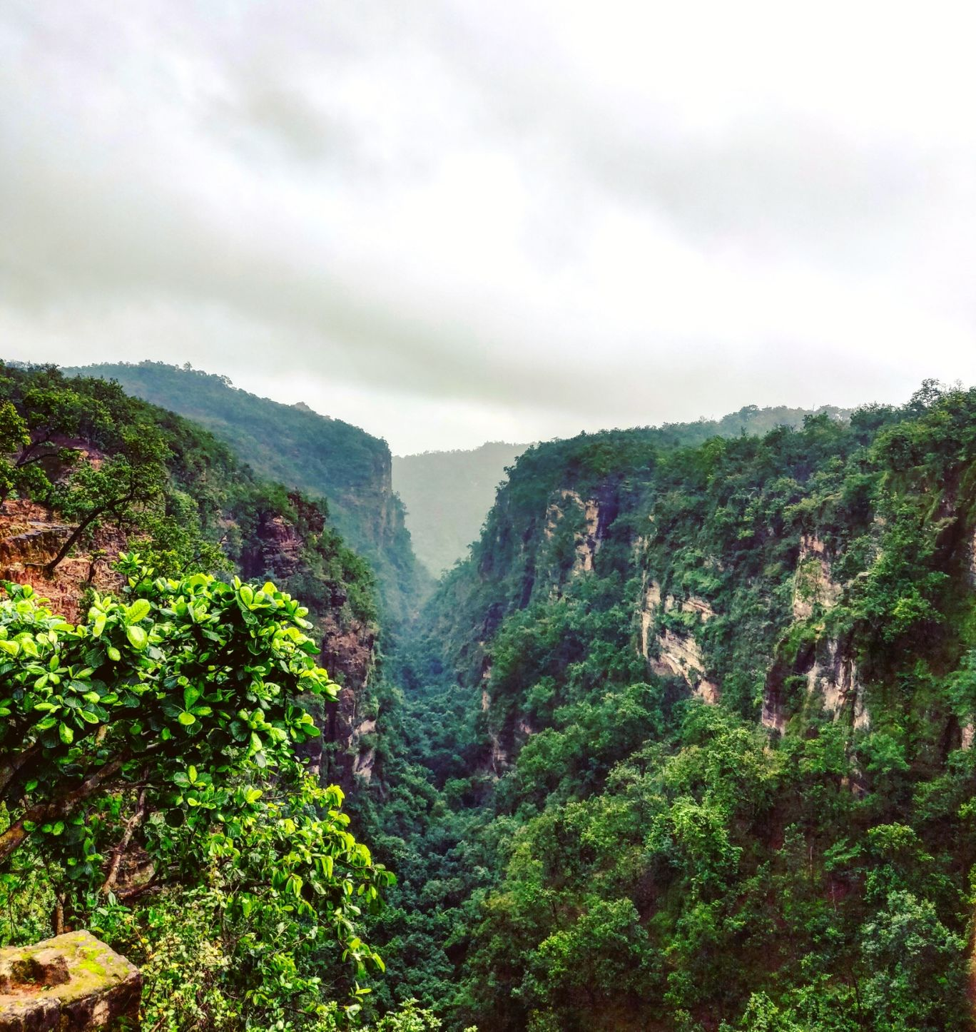 Photo of Pachmarhi By Gaurav Vohra