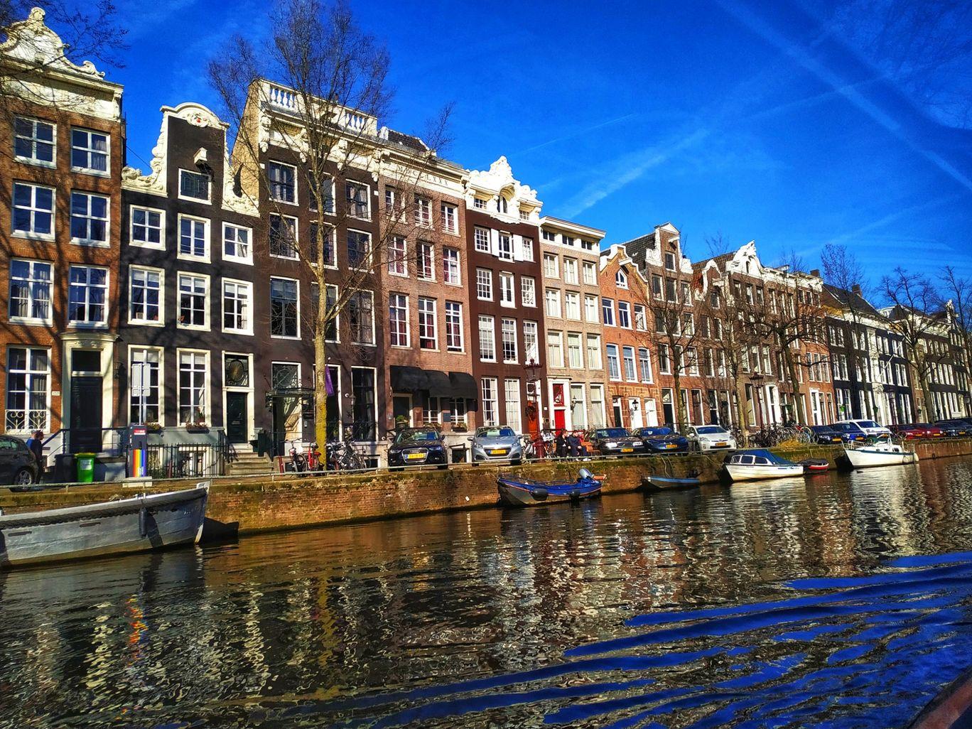 Photo of Amsterdam By Robin Raju