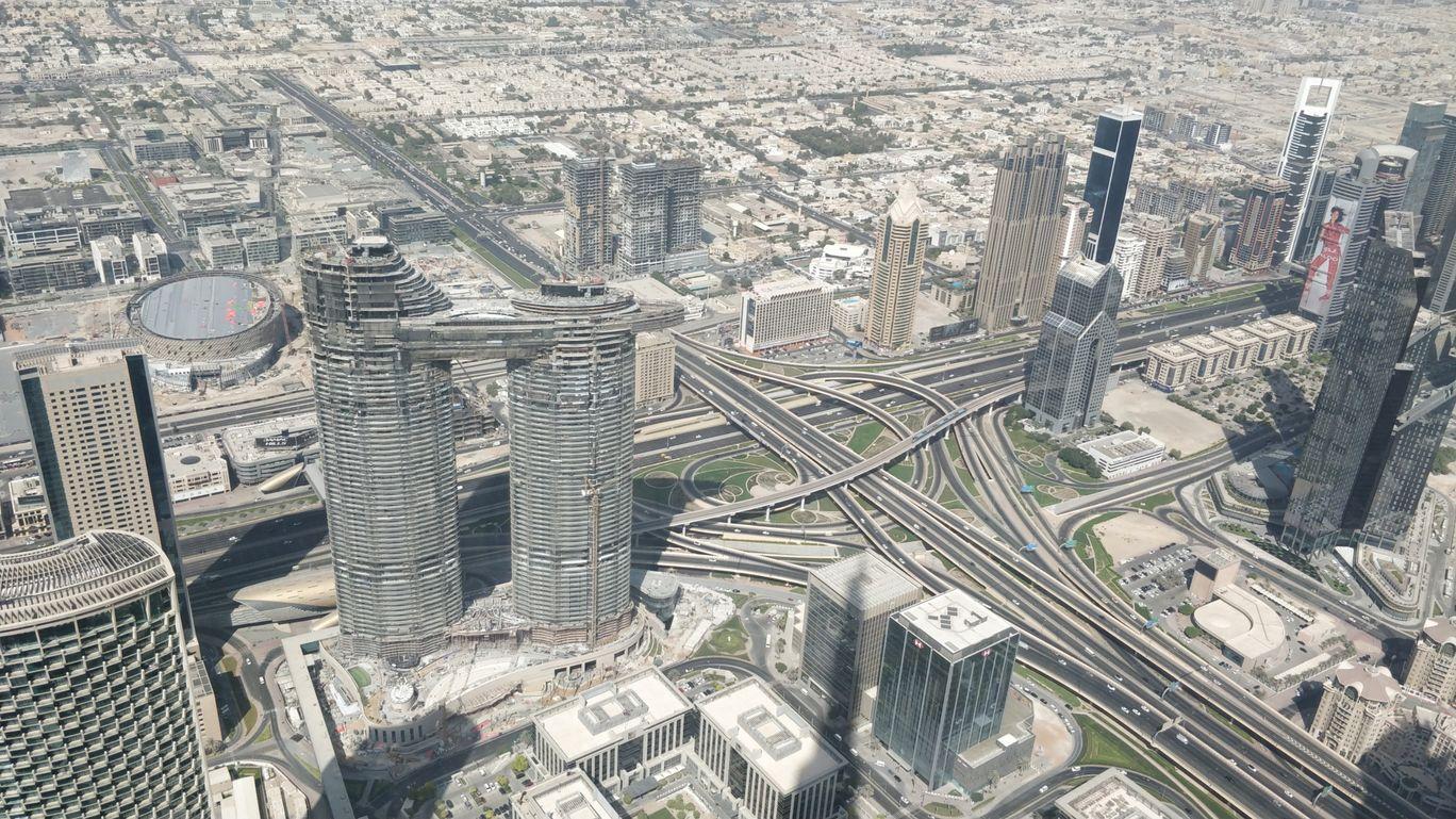 Photo of Burj Khalifa - Sheikh Mohammed bin Rashid Boulevard - Dubai - United Arab Emirates By Hari Chandu Vakacharla