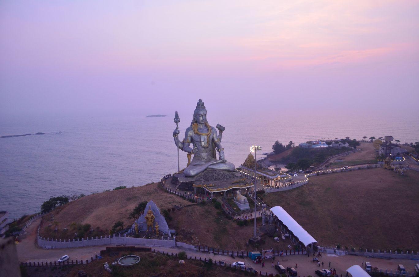 Photo of Murudeshwar By Hari Chandu Vakacharla