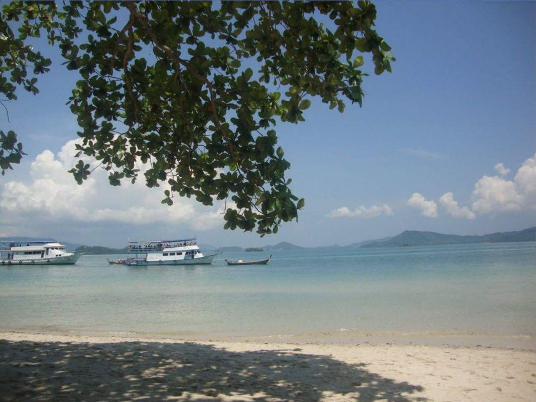 Photo of Phi Phi Islands By sube ksha