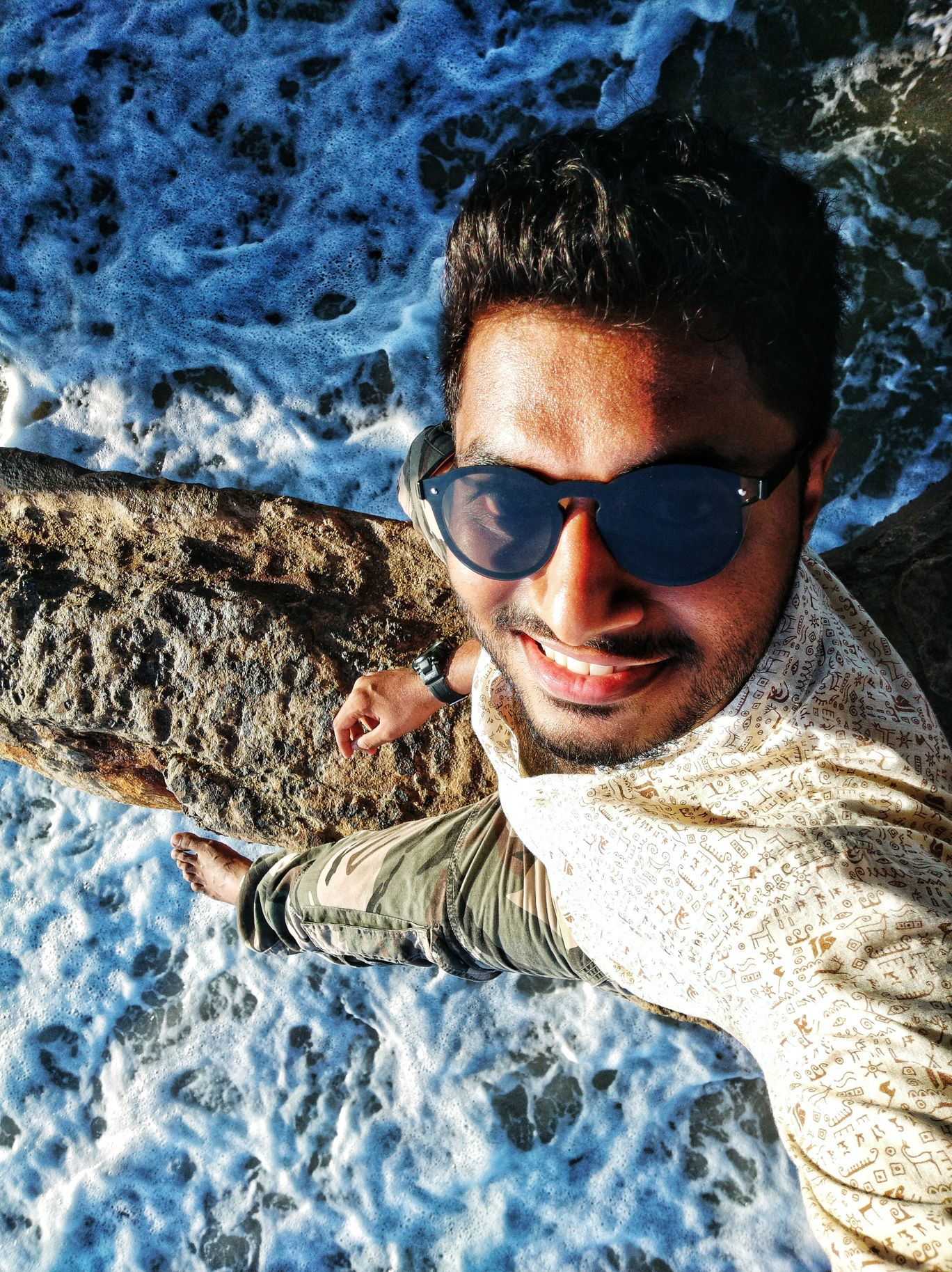 Photo of Pondicherry Beach By Aasish Sudarsanan