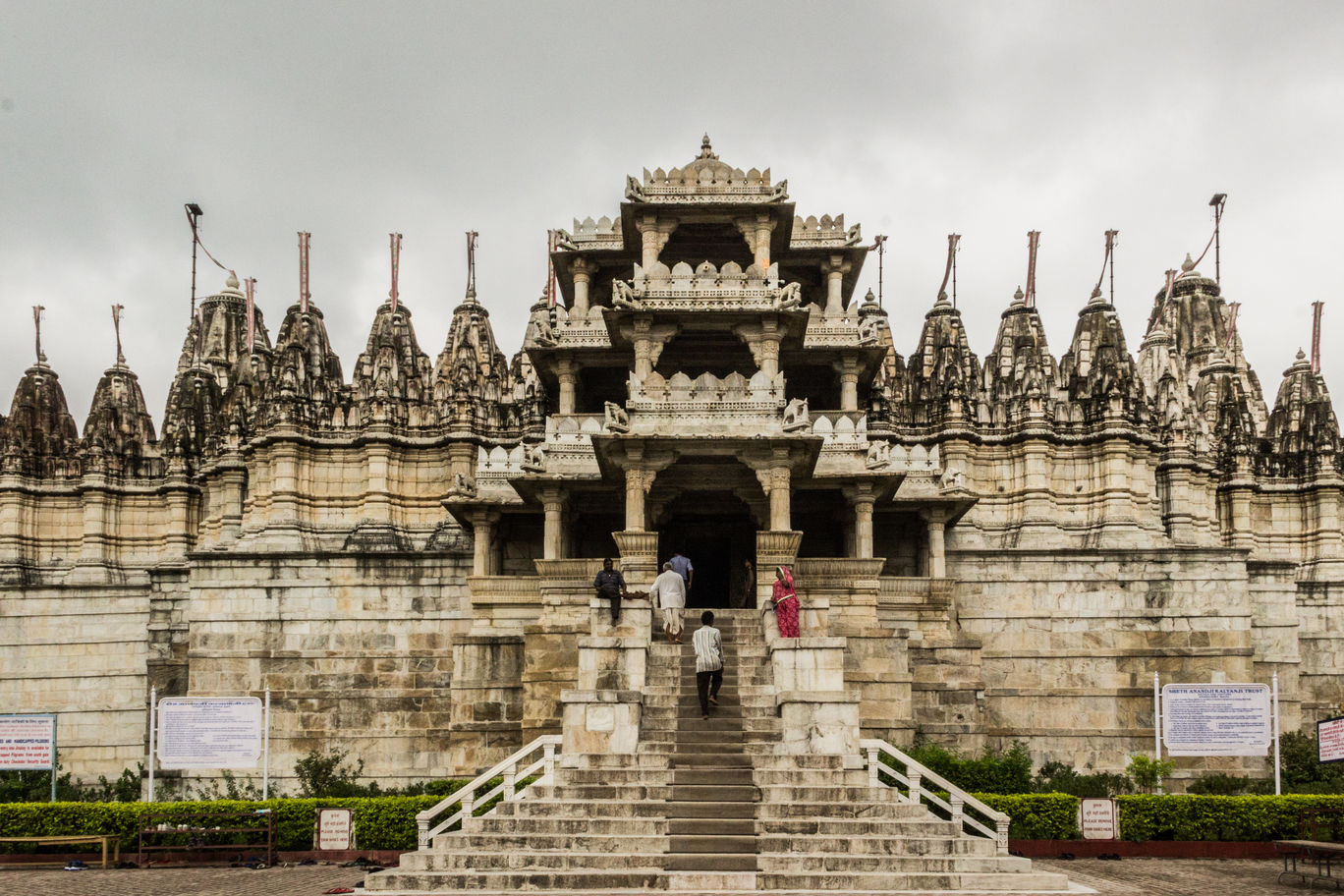 Photo of Ranakpur Jain Temple By Rishi Jain