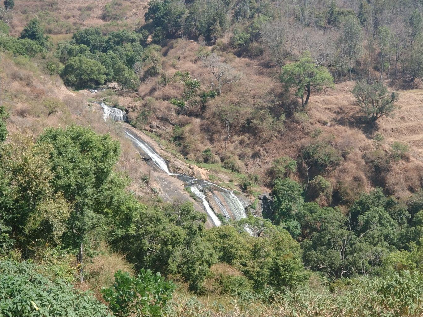 Photo of Kalhatti Falls By Tanjul Sarkar