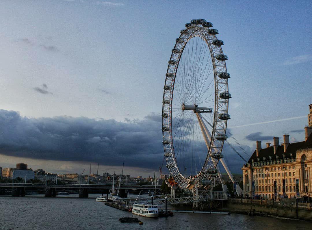 Photo of London Eye By Anusha Hebbar