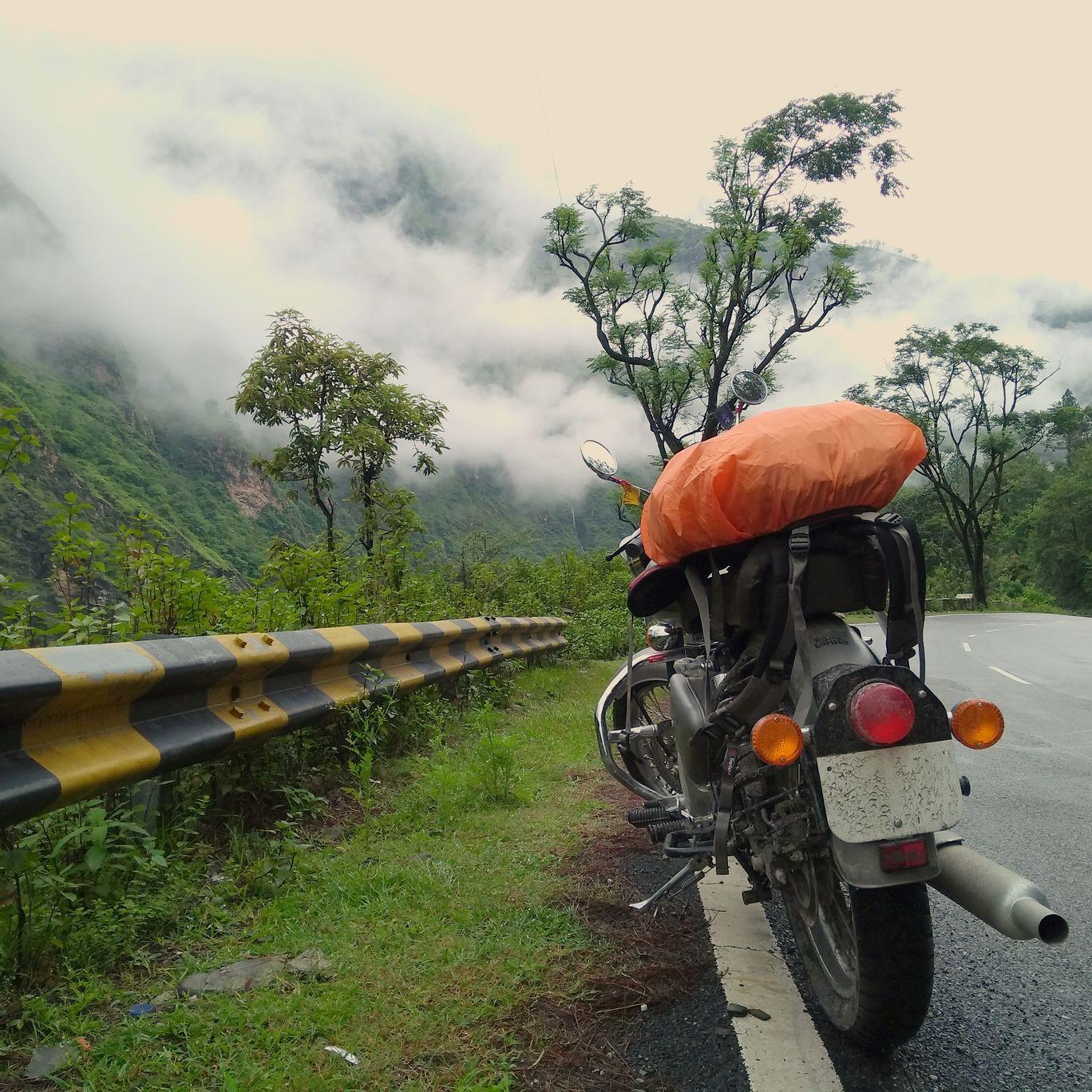 Photo of Joshimath By Vikram V. S. Chaudhary