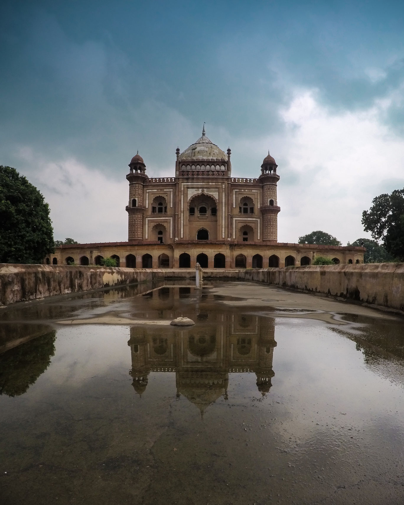 Photo of Safdarjung Tomb By sachin chauhan