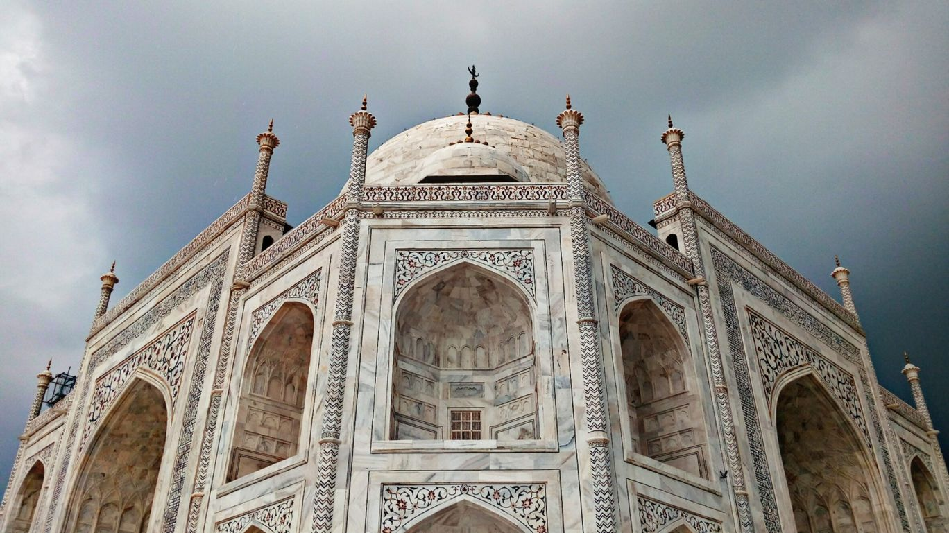 Photo of Taj Mahal By maitri dey
