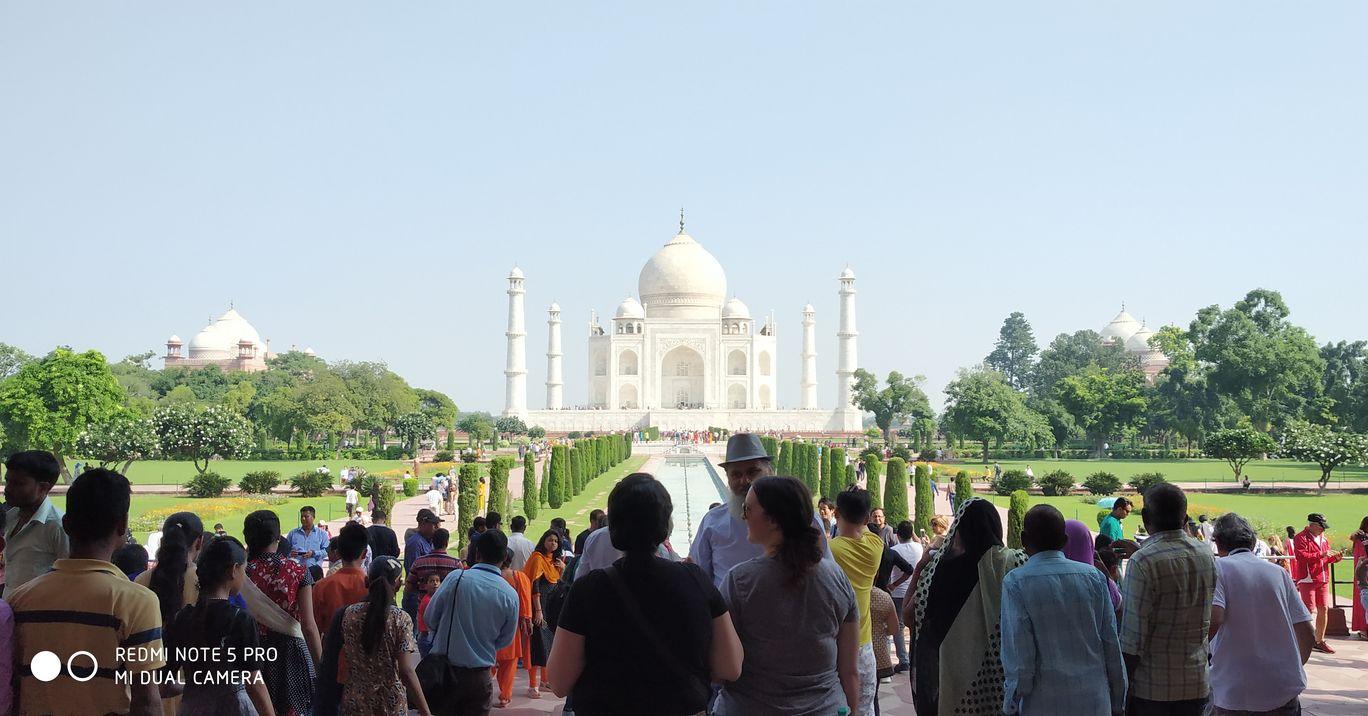 Photo of Taj Mahal By Binni Sharma