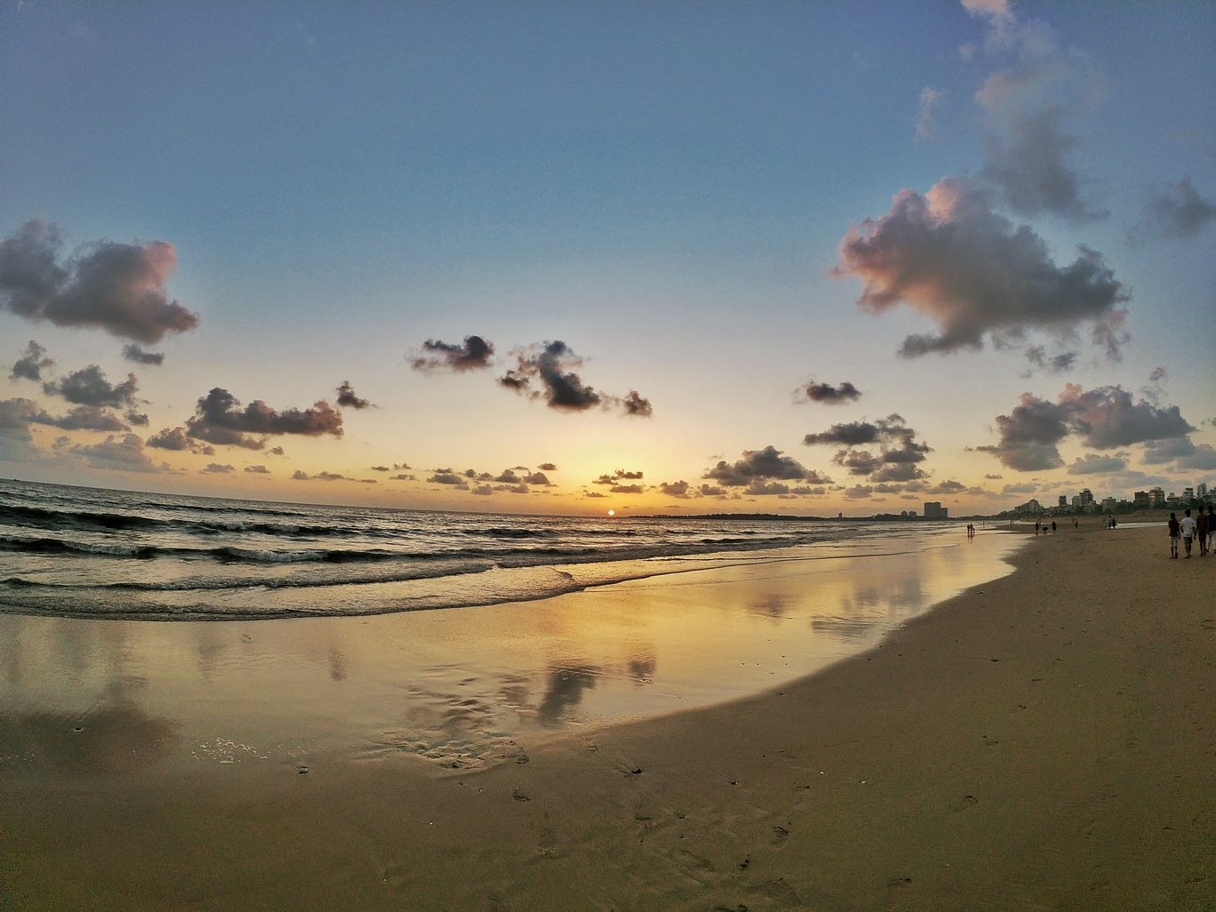 Photo of Juhu Beach By Ranak Trivedi