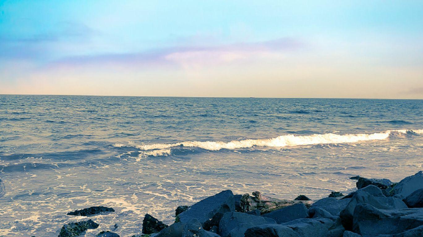 Photo of Rock Beach By Darsh Golechha
