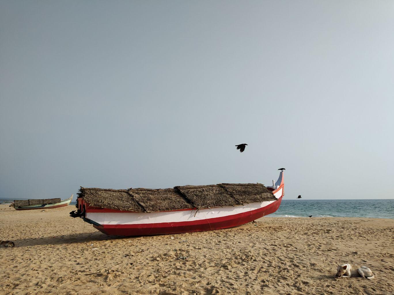 Photo of Azhimala Cliff and Beach By Nida Ansari