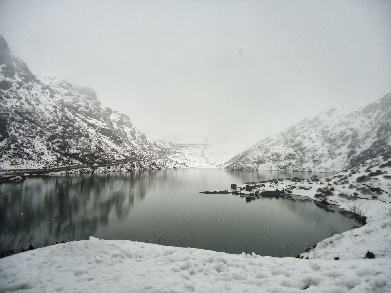 Photo of Tsomgo Lake By Dipti Trivedi
