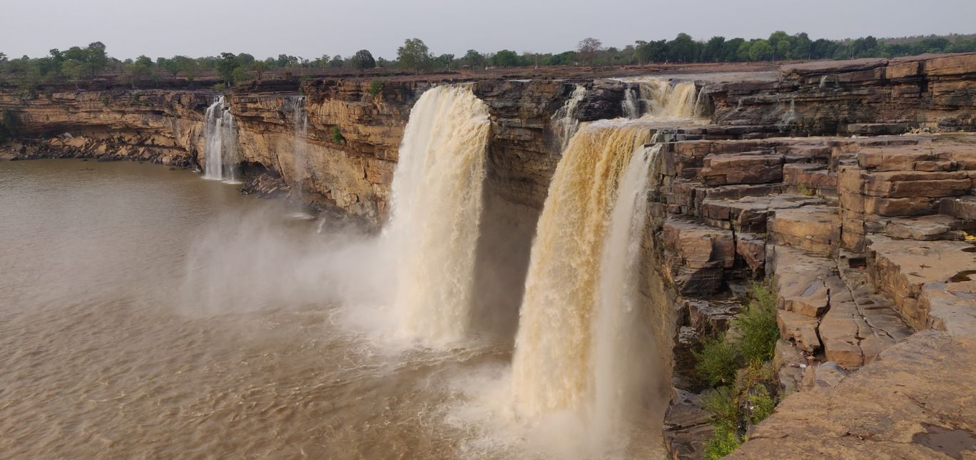 Photo of Chitrakote Waterfalls | Niagara Falls Of India By Ravi raja