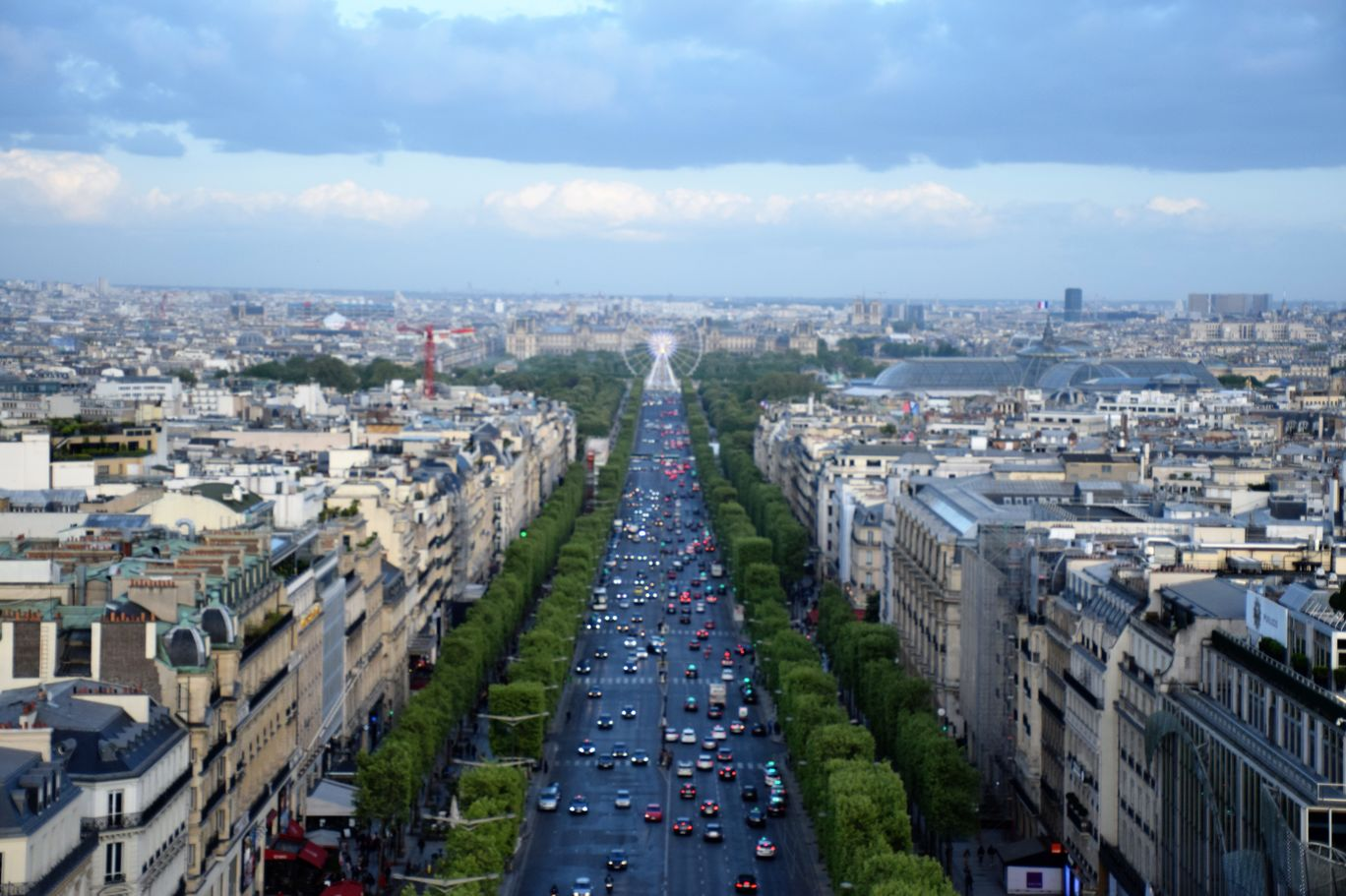Photo of Paris By Sinjana Ghosh