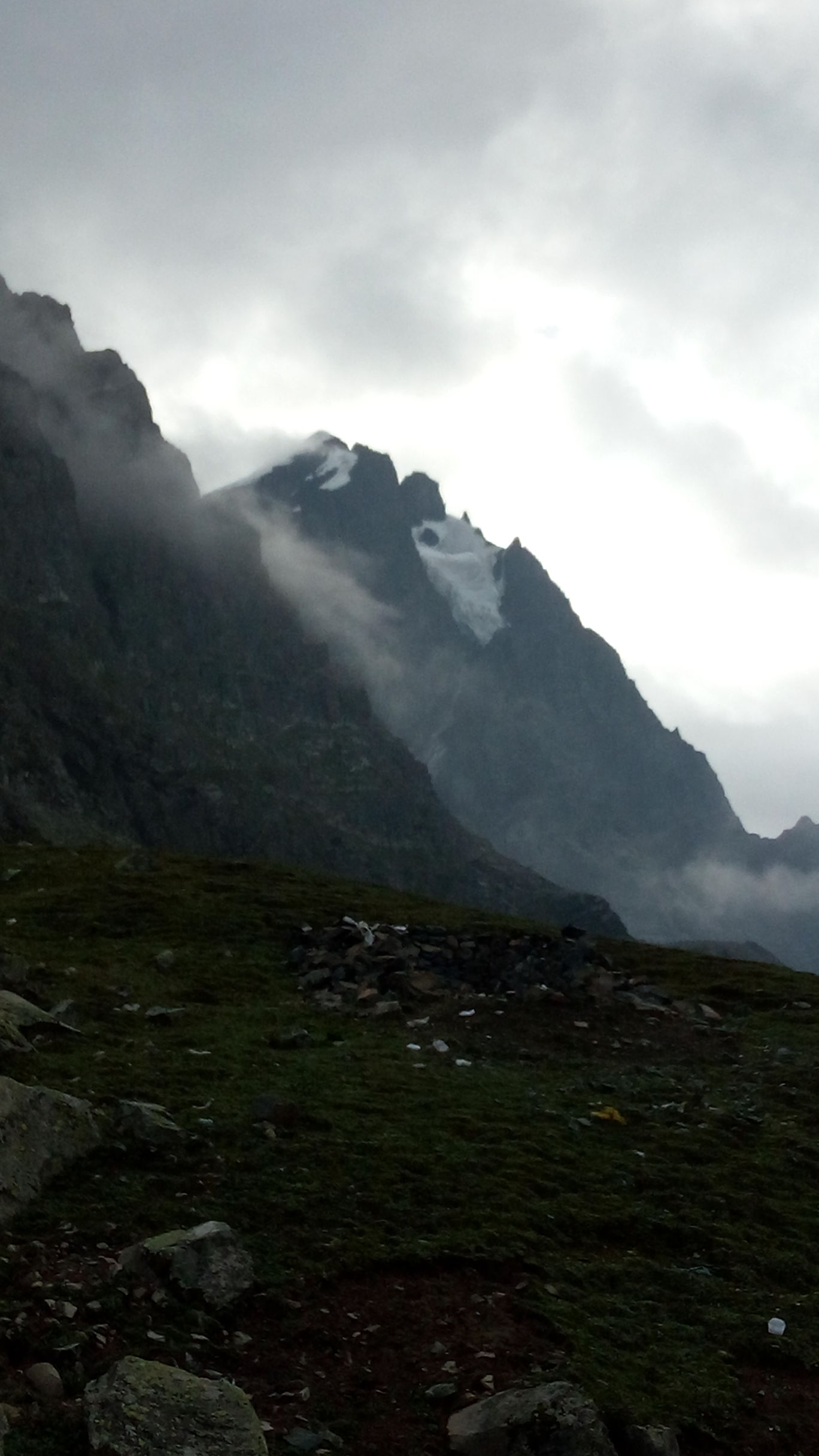 Photo of Manimahesh Kailash Peak By Rohit Kapoor