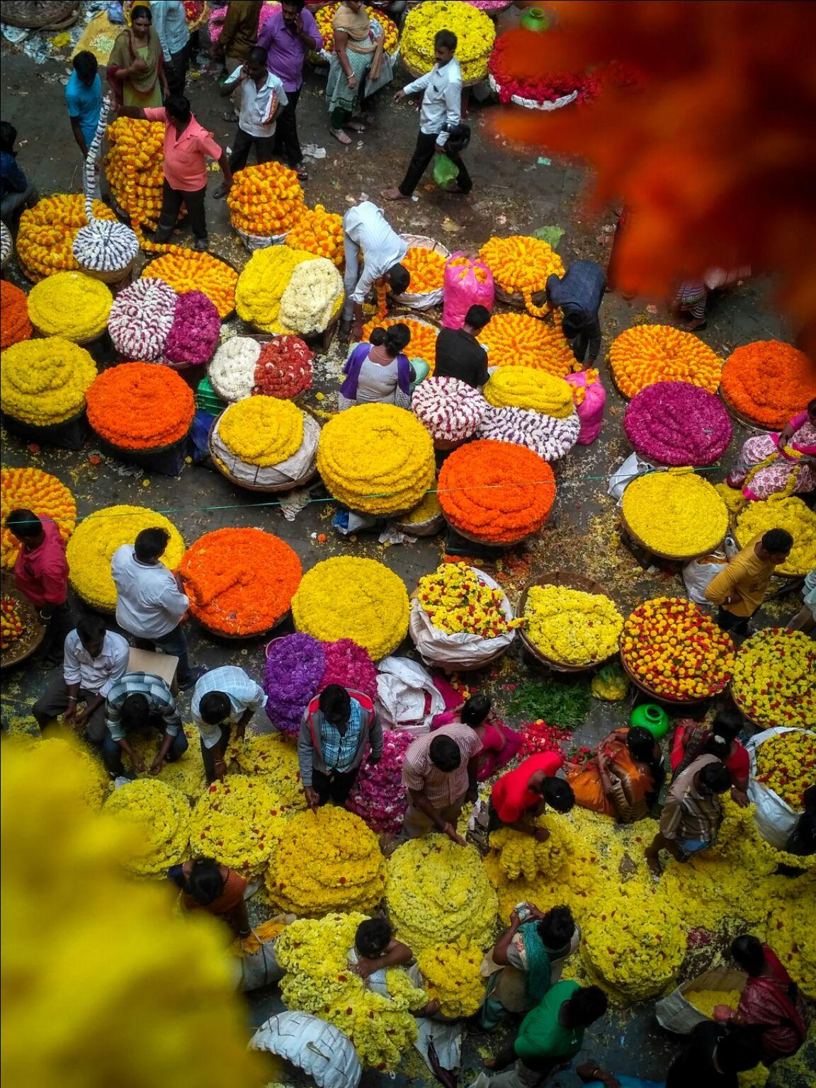 Photo of K.R Flower Market By Yasir Mir