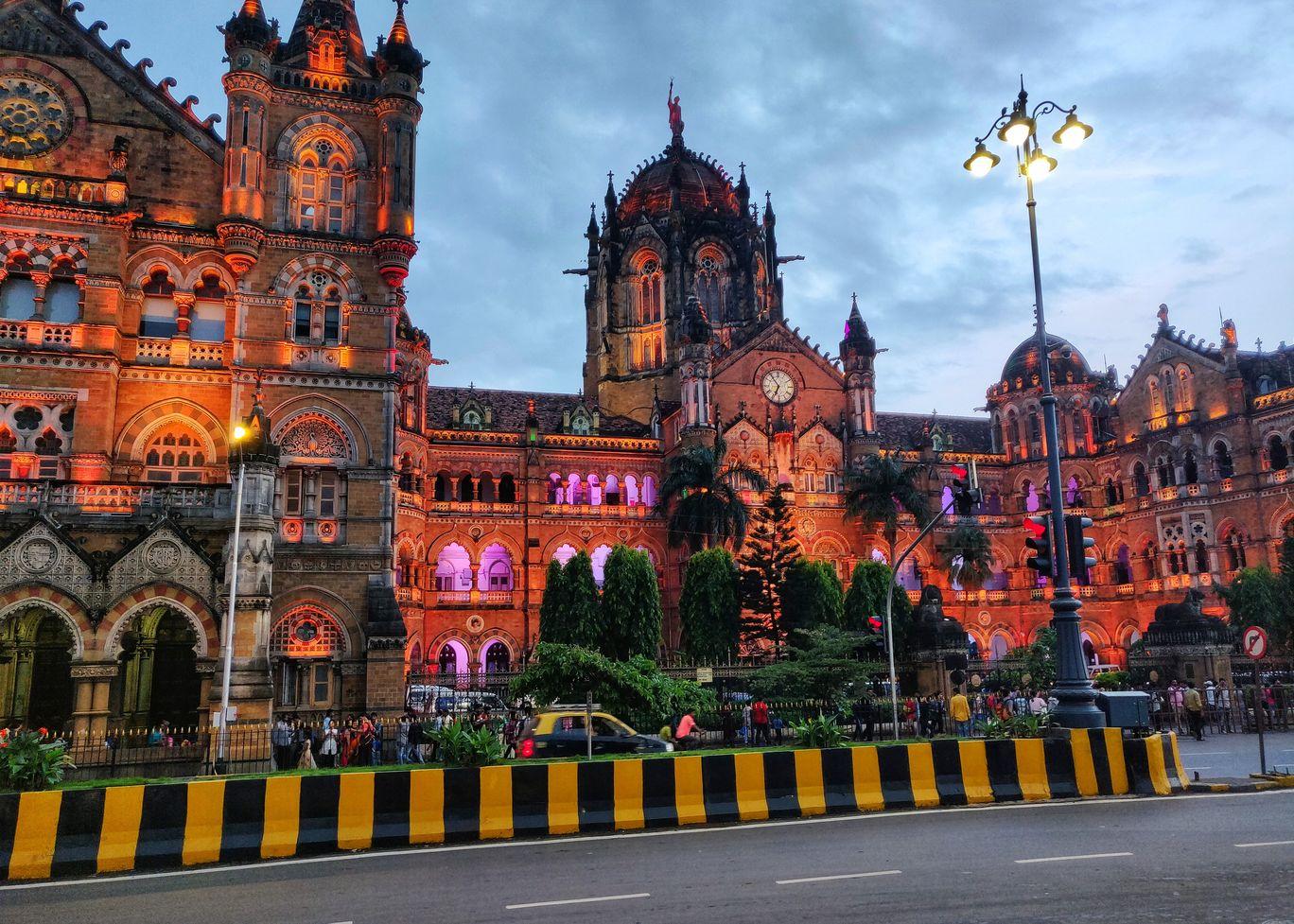 Photo of Mumbai By Yogita Chainani