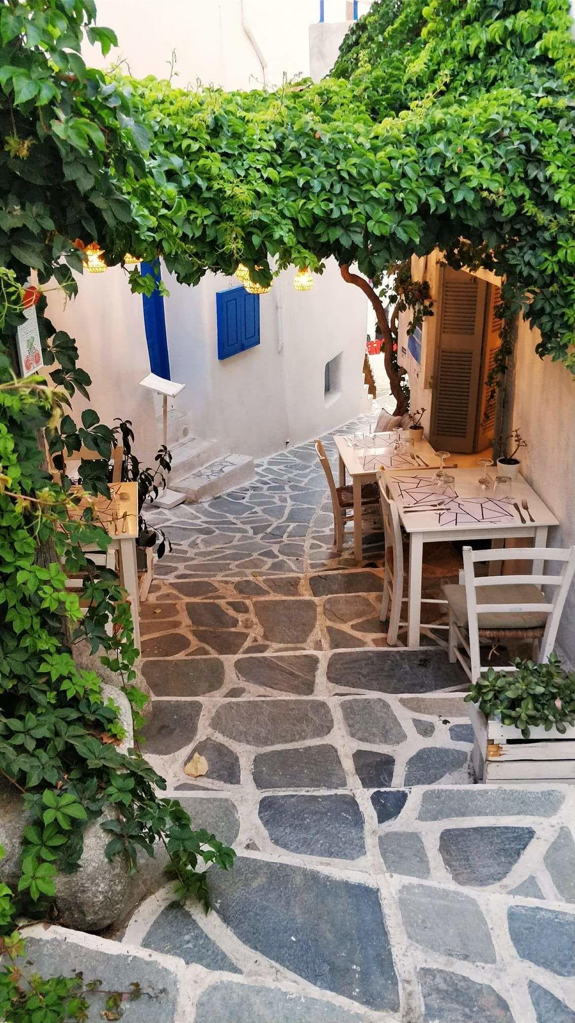 Photo of Castle Of Naxos (Kastro) By Kirti Gupta