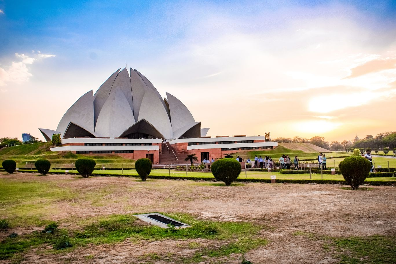 Photo of Lotus Temple By Ved Nayak