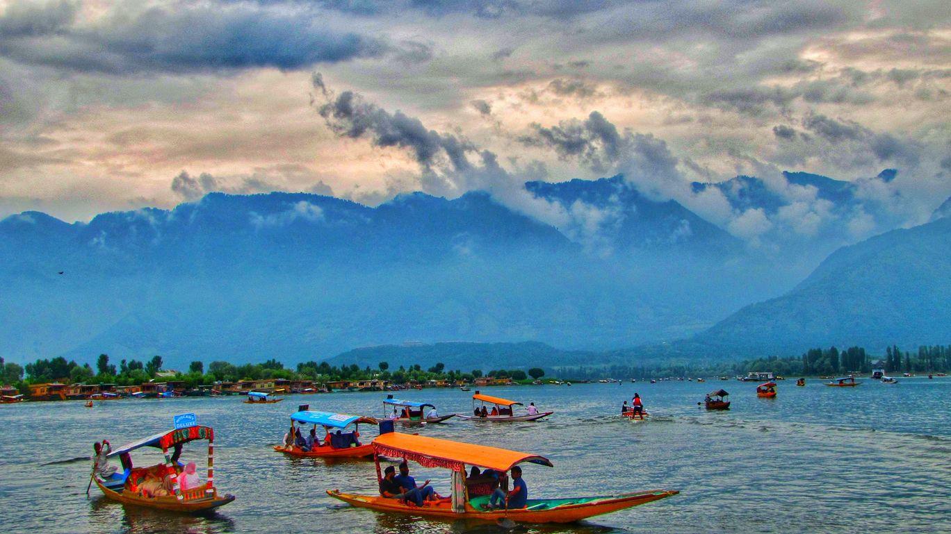 Photo of Kashmir By Pallavi Jadhav