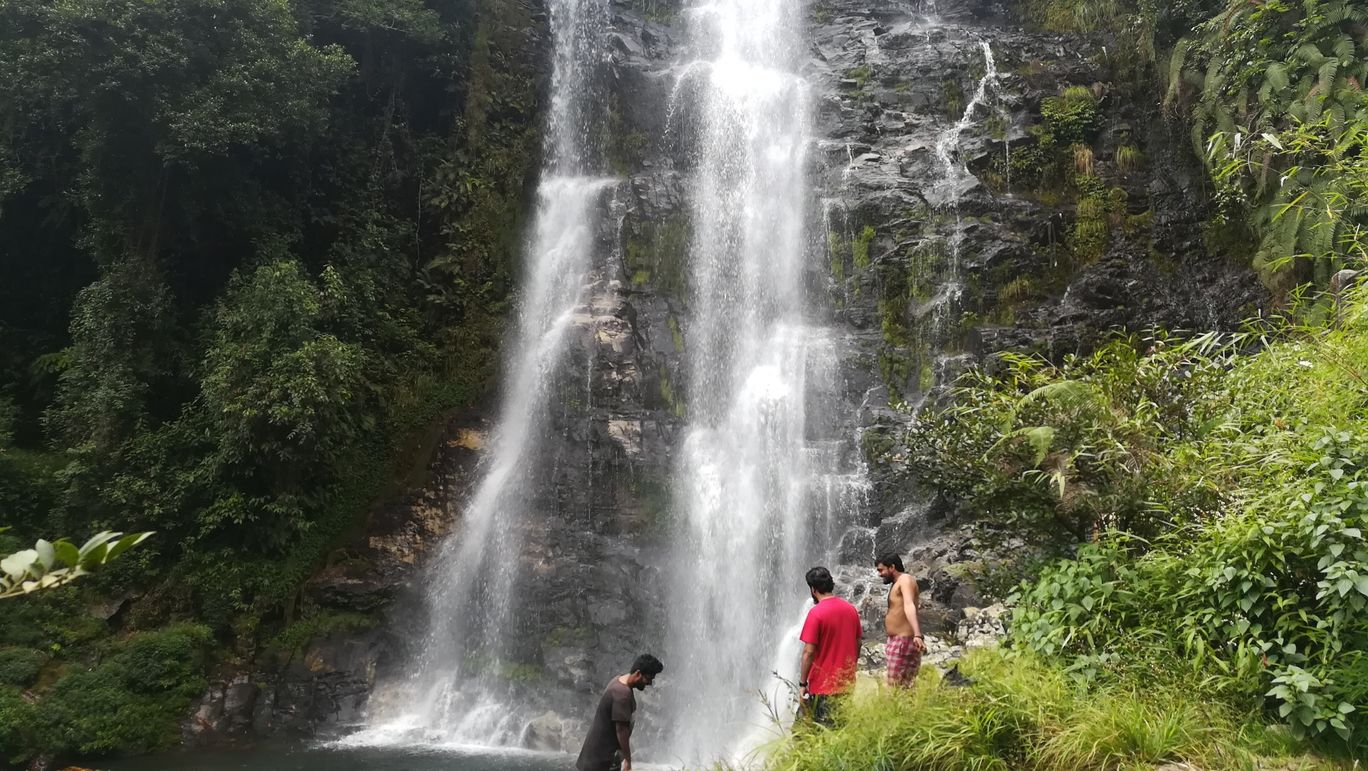Photo of Trek and Swim (Thangsning fall, Meghalaya) By Sammy Mbor KLamet