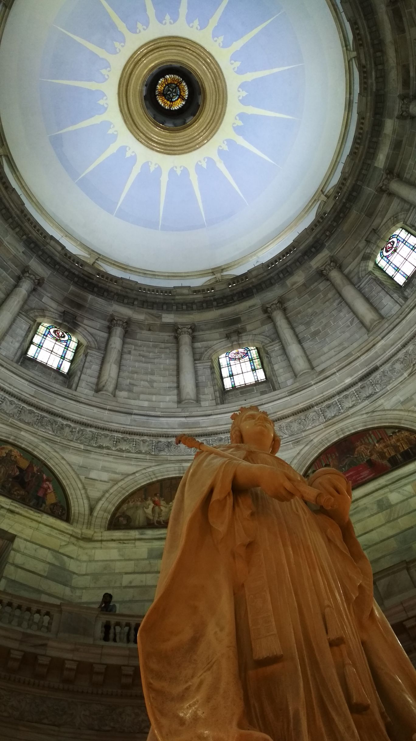 Photo of Victoria Memorial By Sudarshana Pani