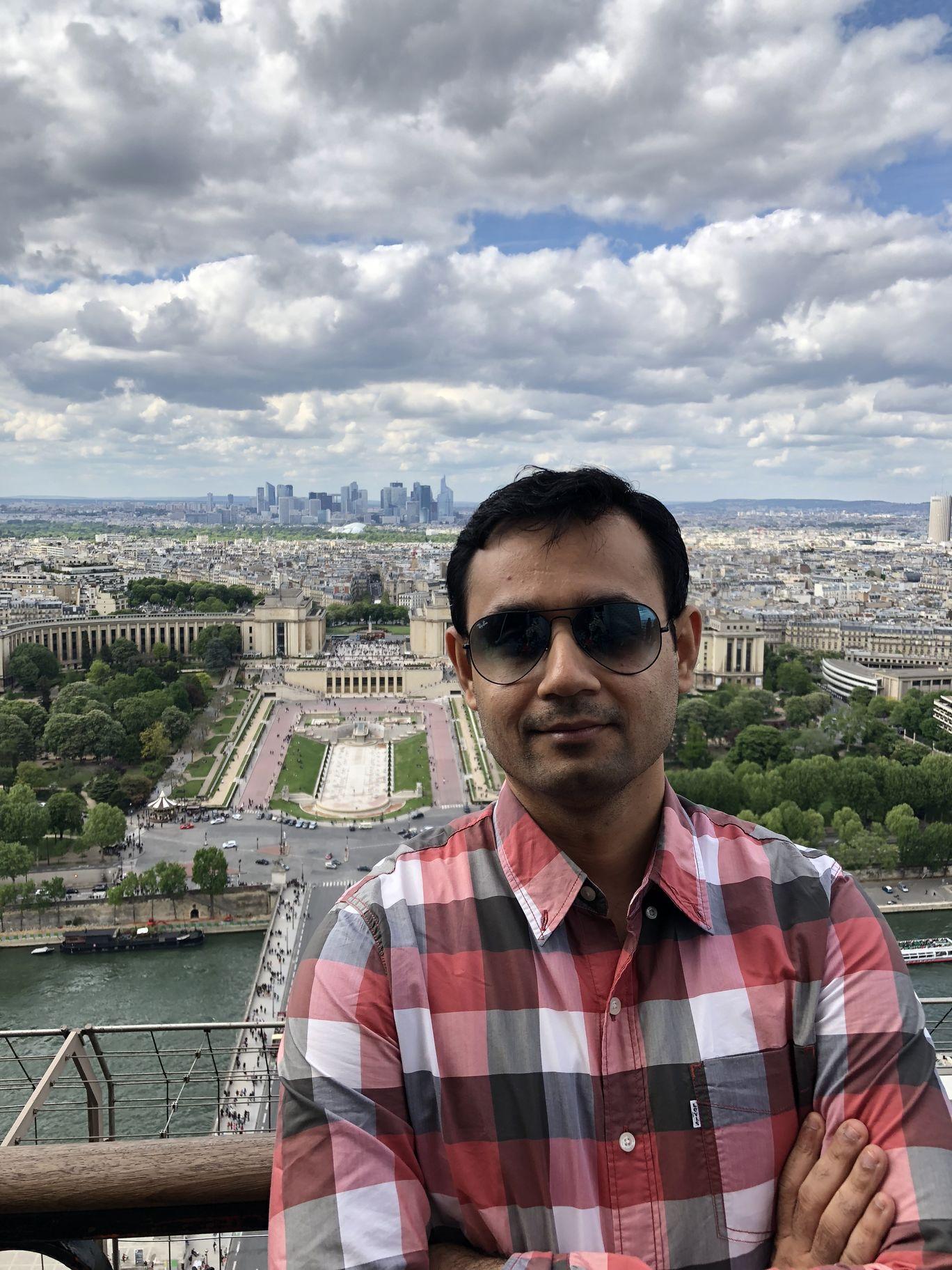 Photo of Paris By Manu Jain