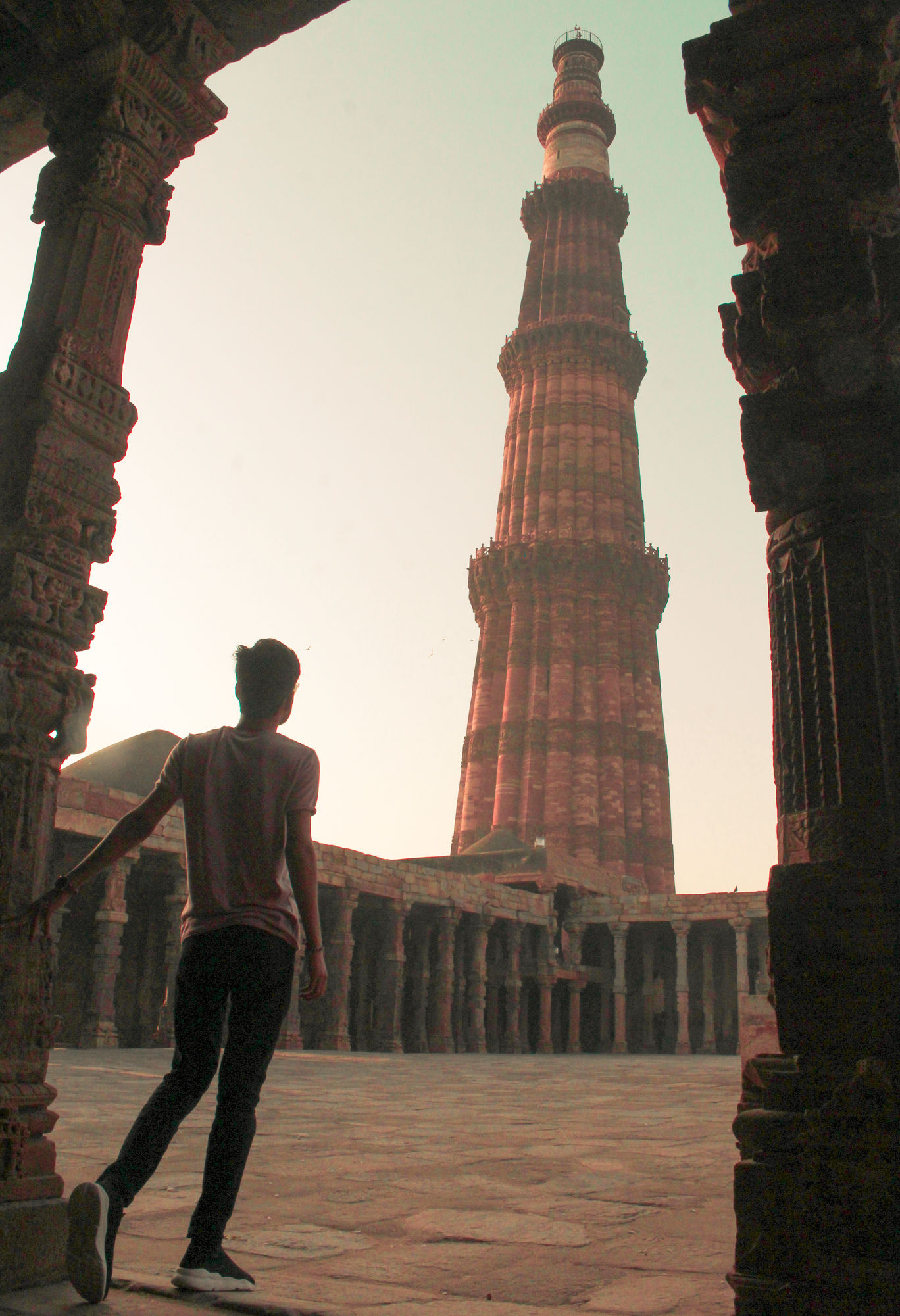 Photo of Qutab Minar By Dishant Jaiswal