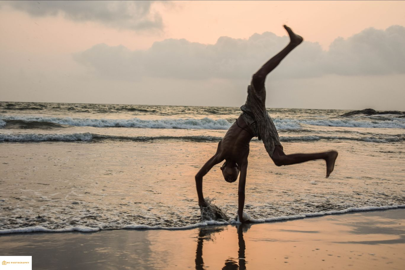 Photo of Ozran Beach By Mayank Jain