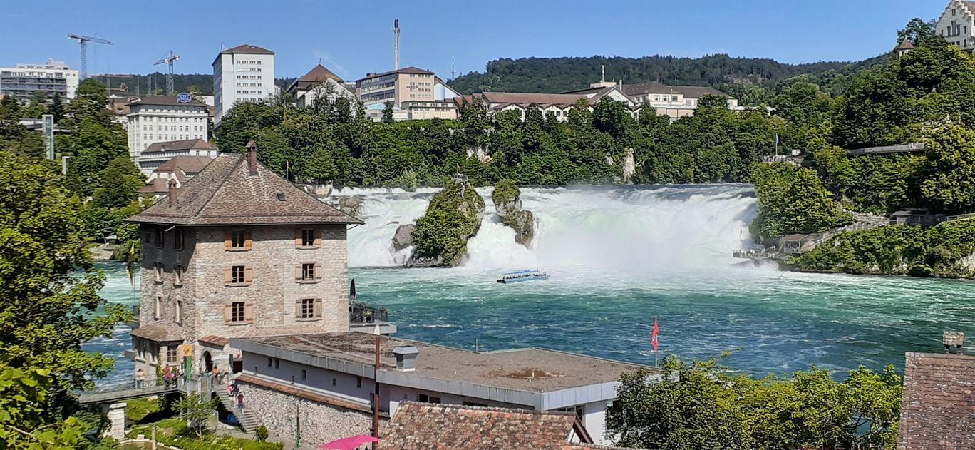 Photo of Rhine Falls By Ajay Chakrabarti