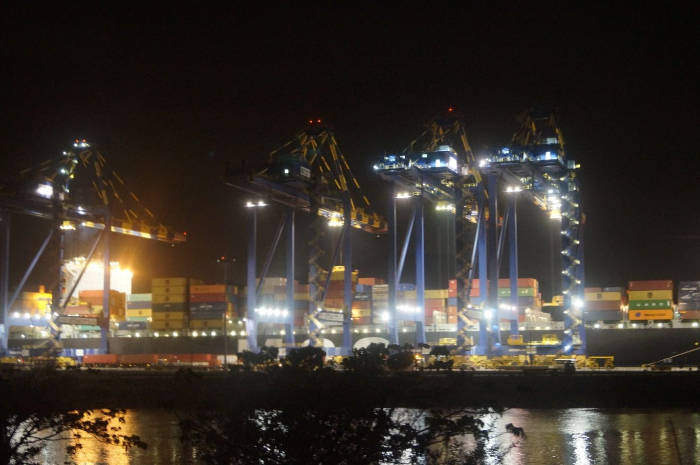 Photo of Nhava Sheva International Container Terminal By Swægatam Mitra