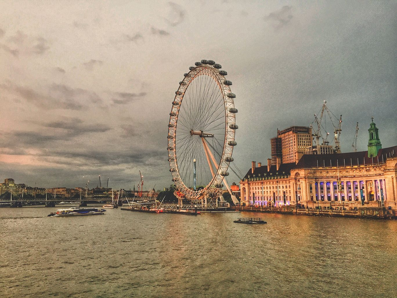 Photo of London By Megha Dhingra