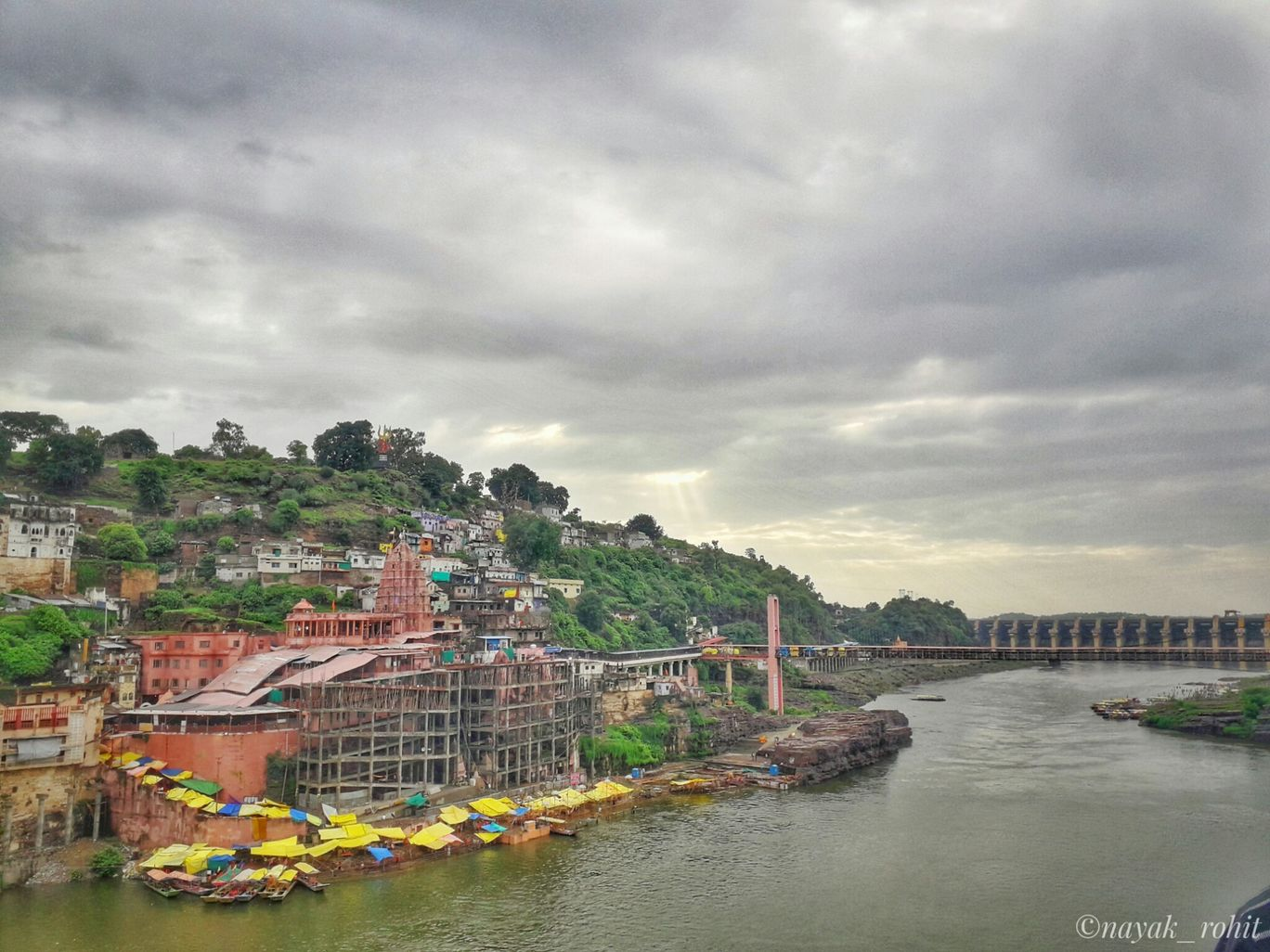 Photo of Omkareshwar Mandir By Rohit Nayak