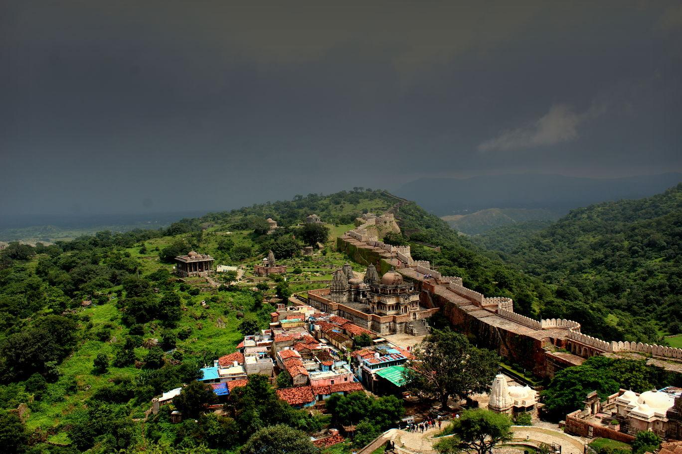 Photo of Kumbhalgarh By Saminathan Viswanathan