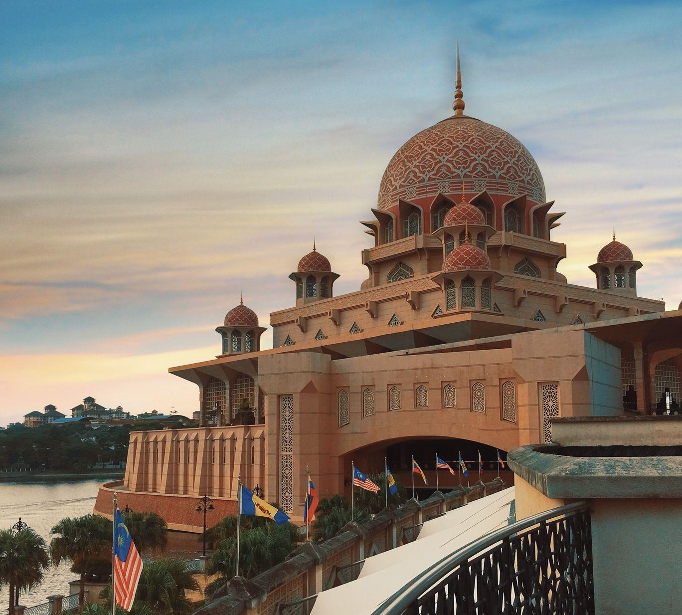 Photo of Putrajaya By Sravanthi Ledalla