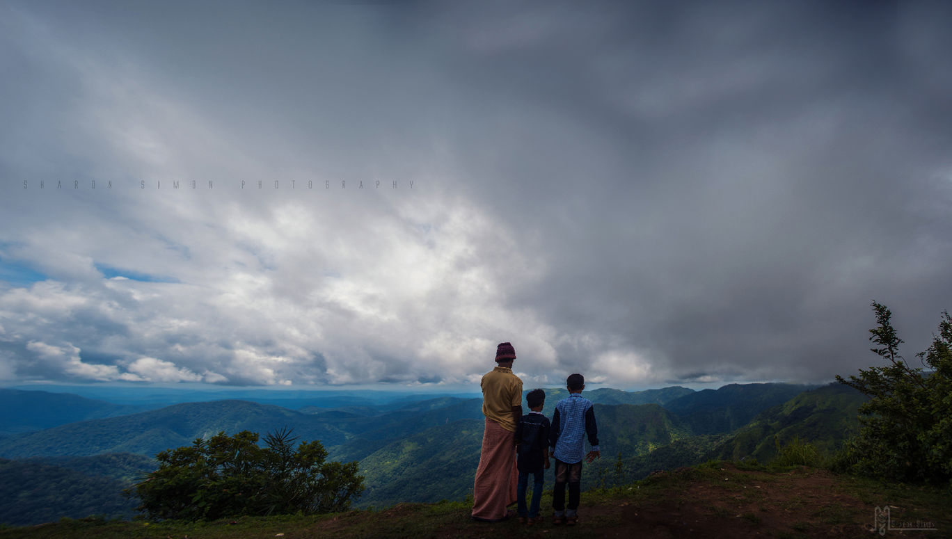Photo of Parunthumpara Hill View Point By Sharon Simon