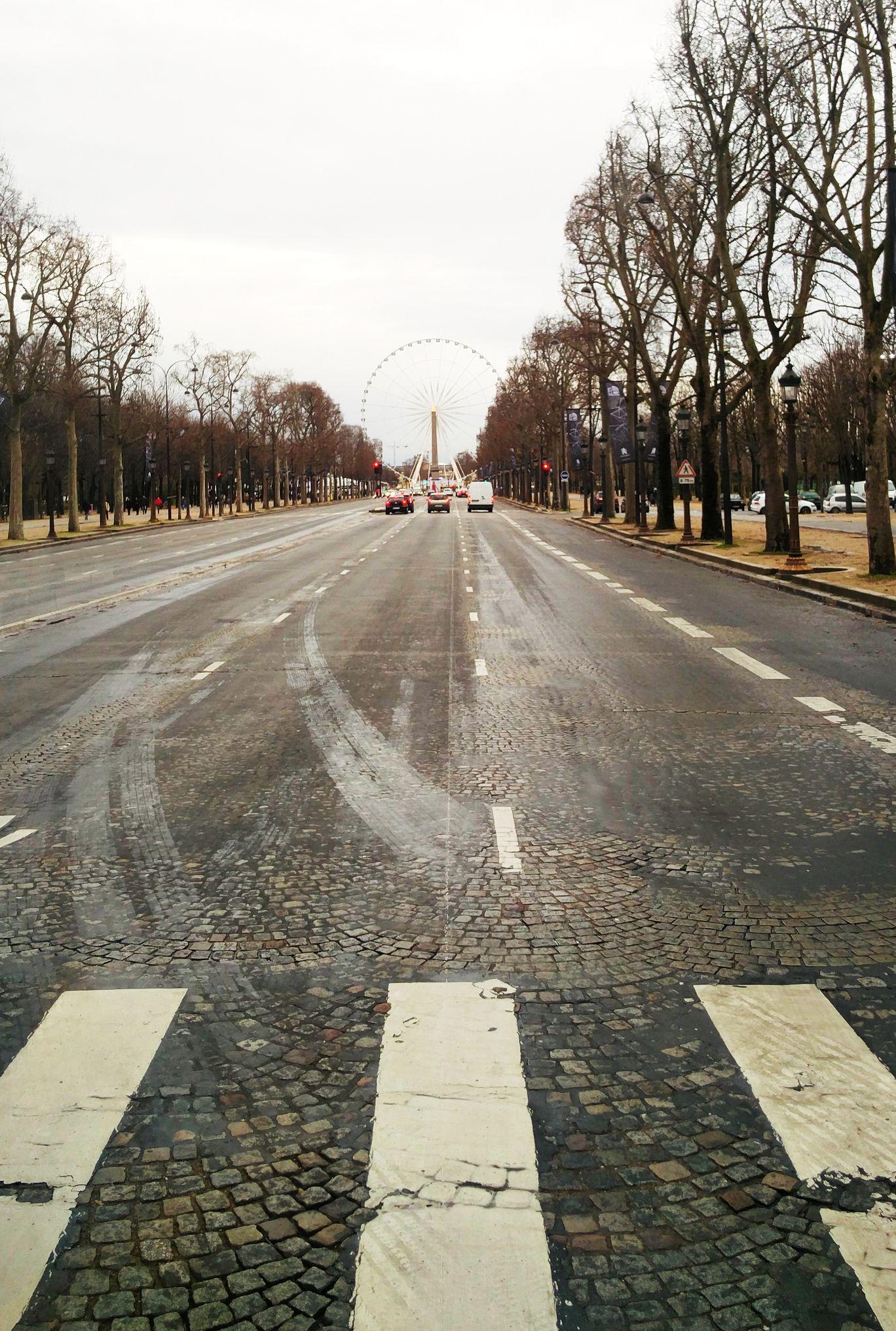 Photo of Paris By Abhishek Kishore