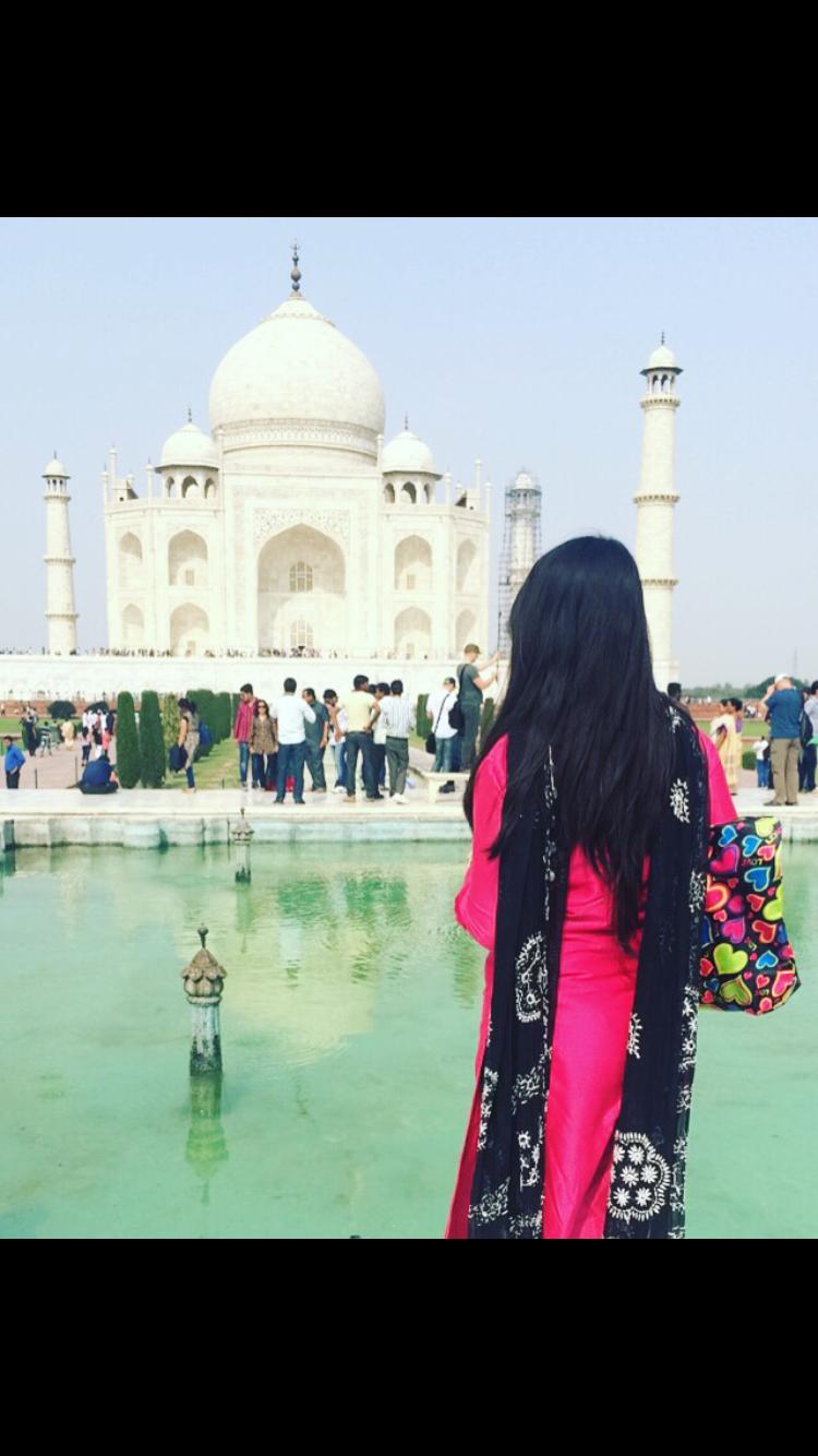 Photo of Day Trip To Taj Mahal By Sakina