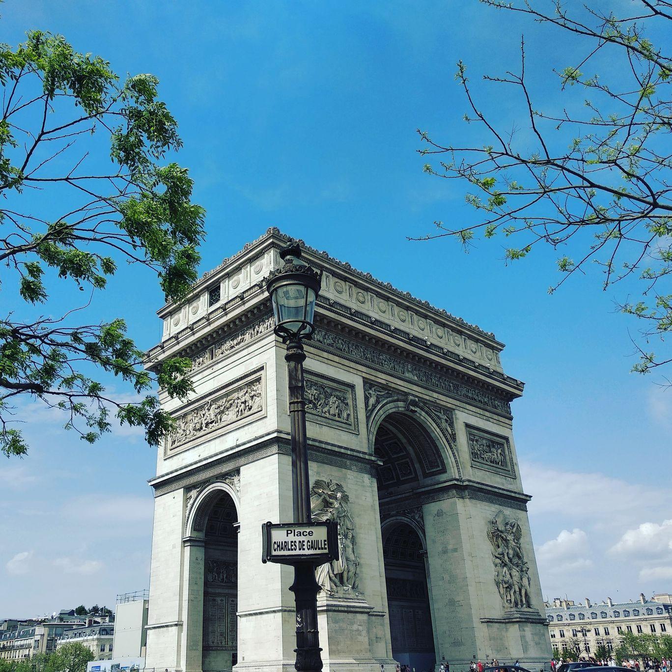 Photo of Arc de Triomphe By Ishita Choudhury