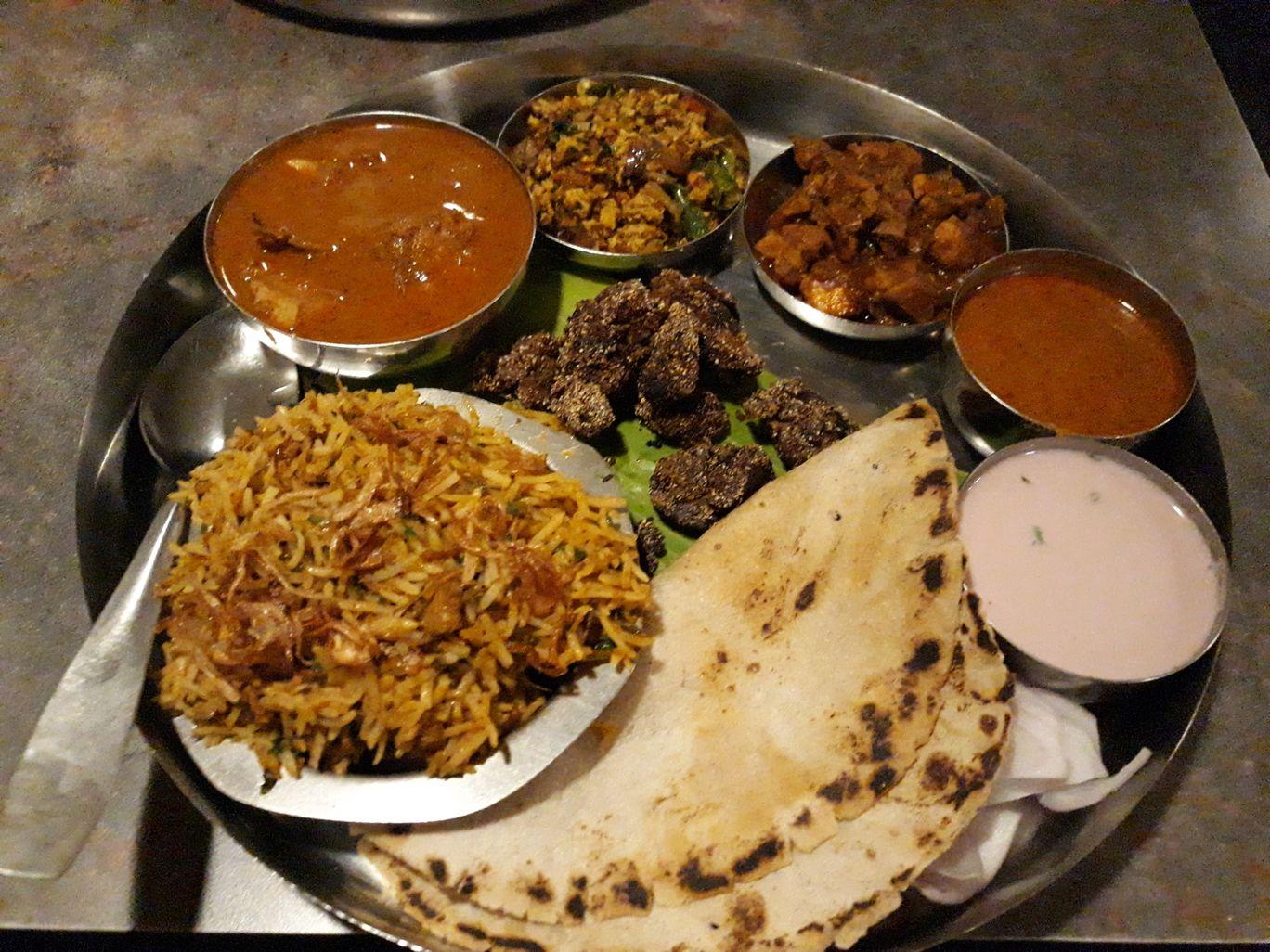 Kabutar Khana, Mumbai, India: View Images, Timing and Reviews | Tripoto