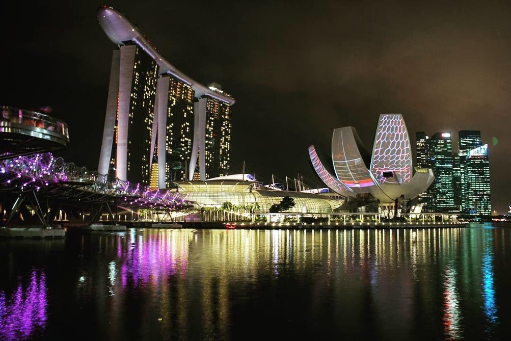 Photo of Singapore By Vivek Prabhu
