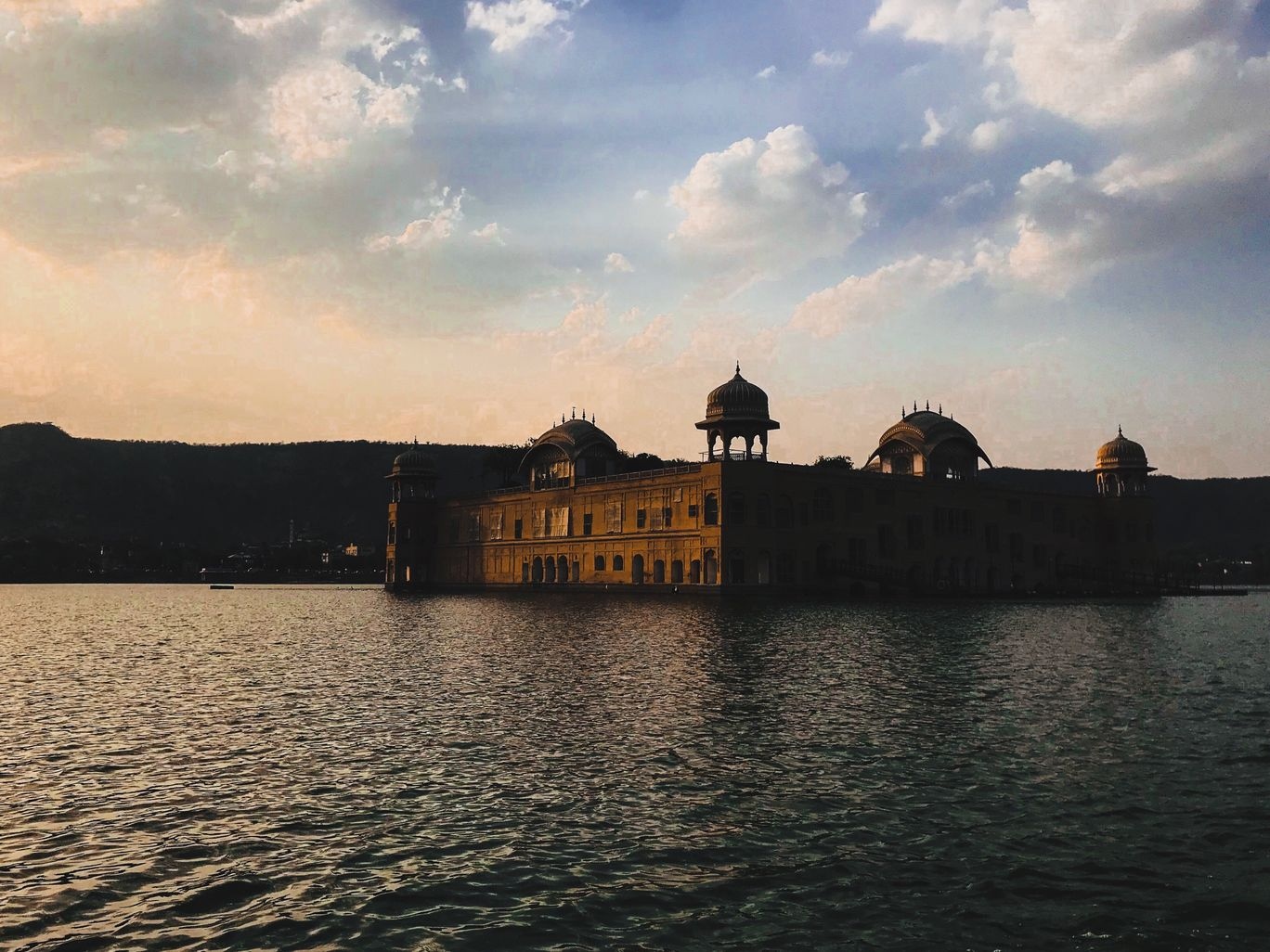 Photo of Jal Mahal By Tanya