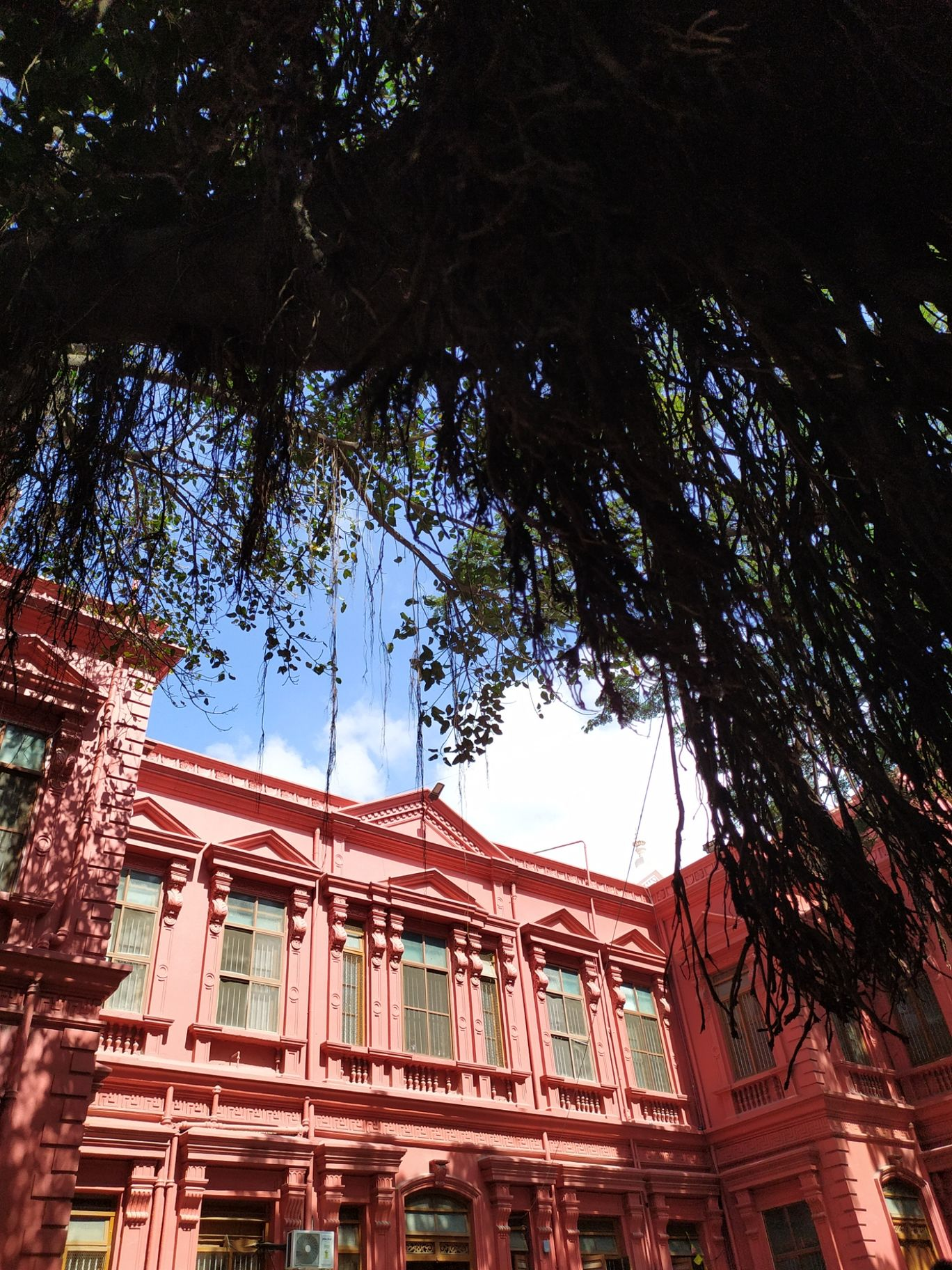 Photo of Mayo Hall Civil Court By Ramana Chandran