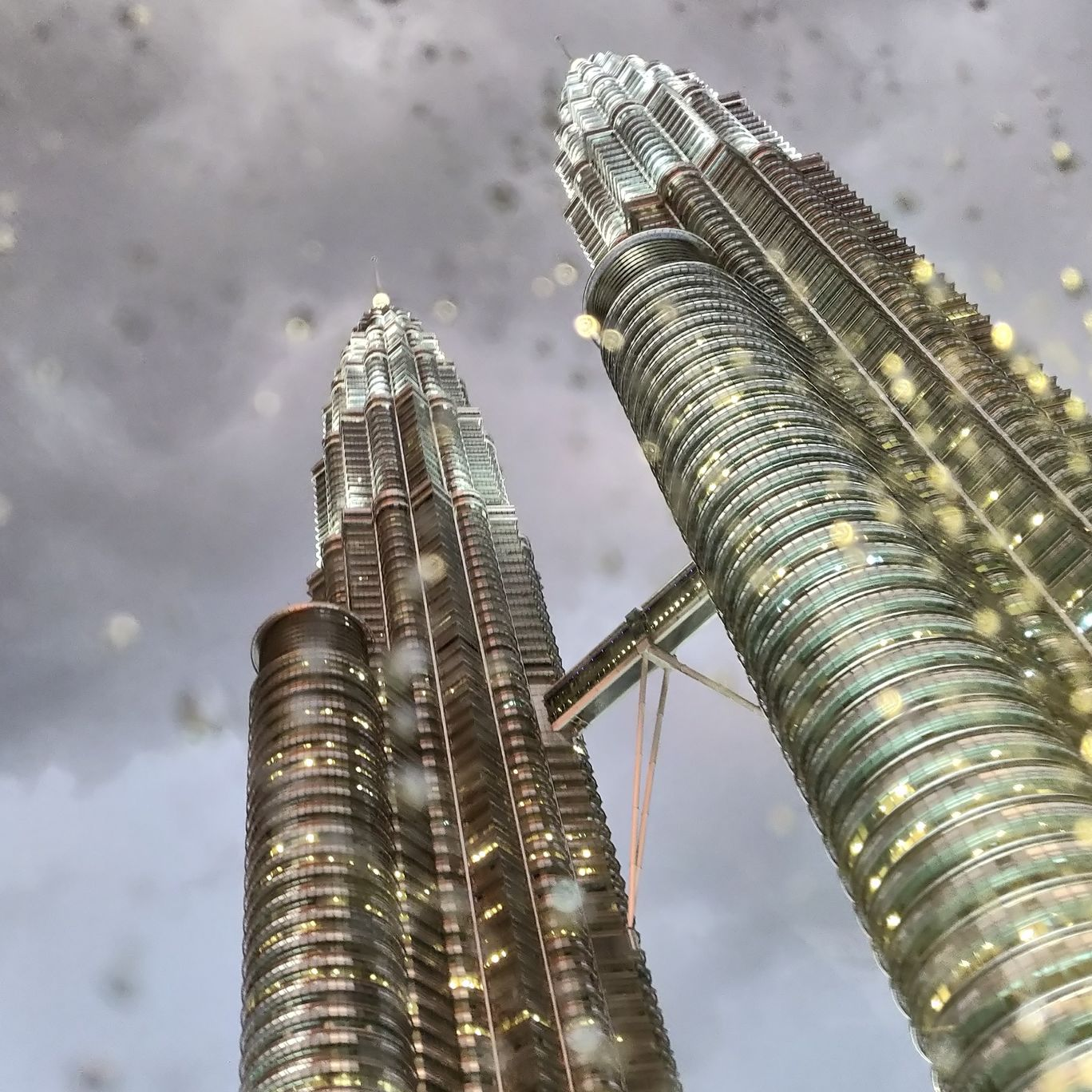Photo of Petronas Twin Towers By Shruti Agrawal