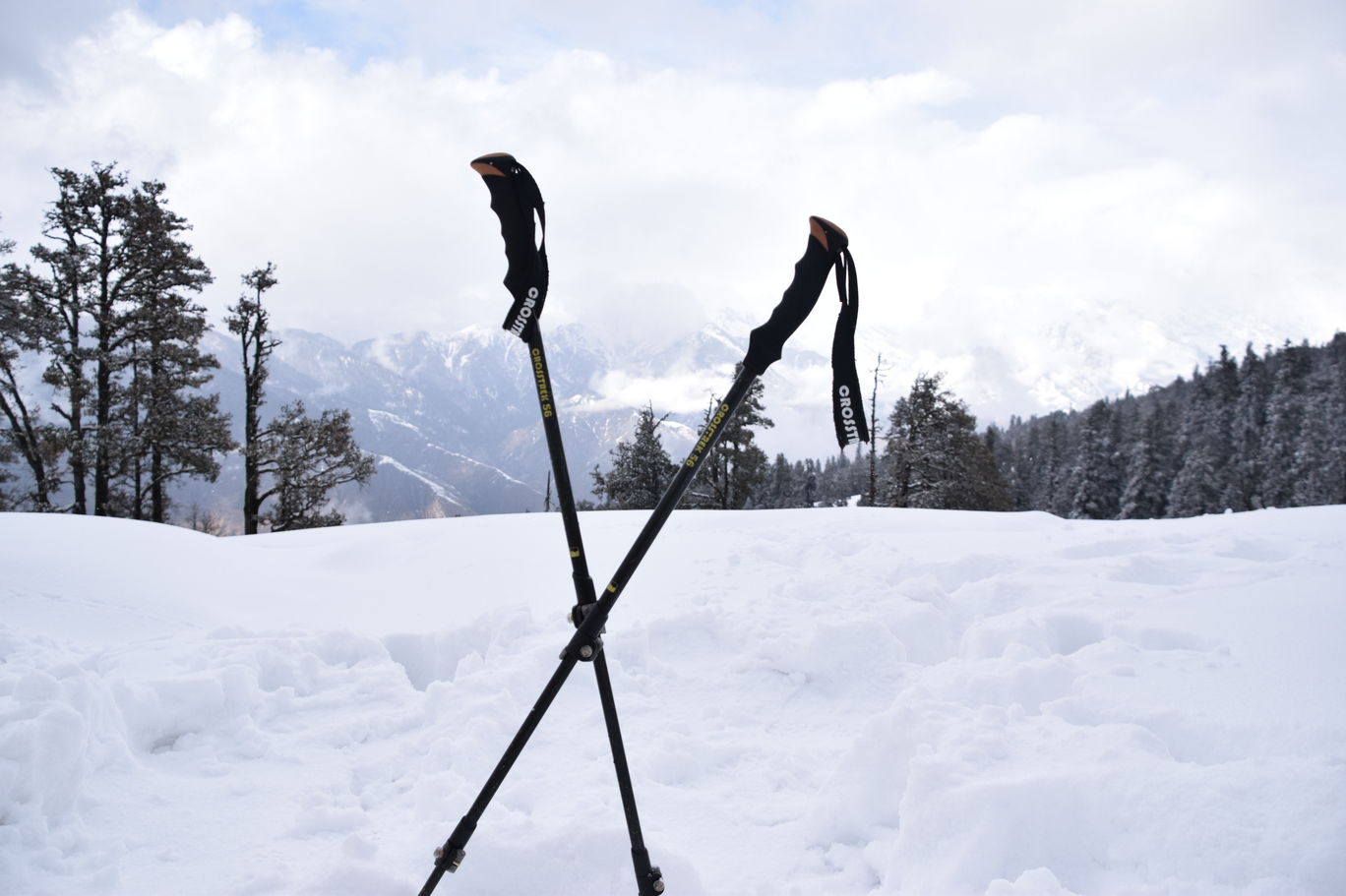 Photo of Kedarkantha Trekking By Shakti Sisinti