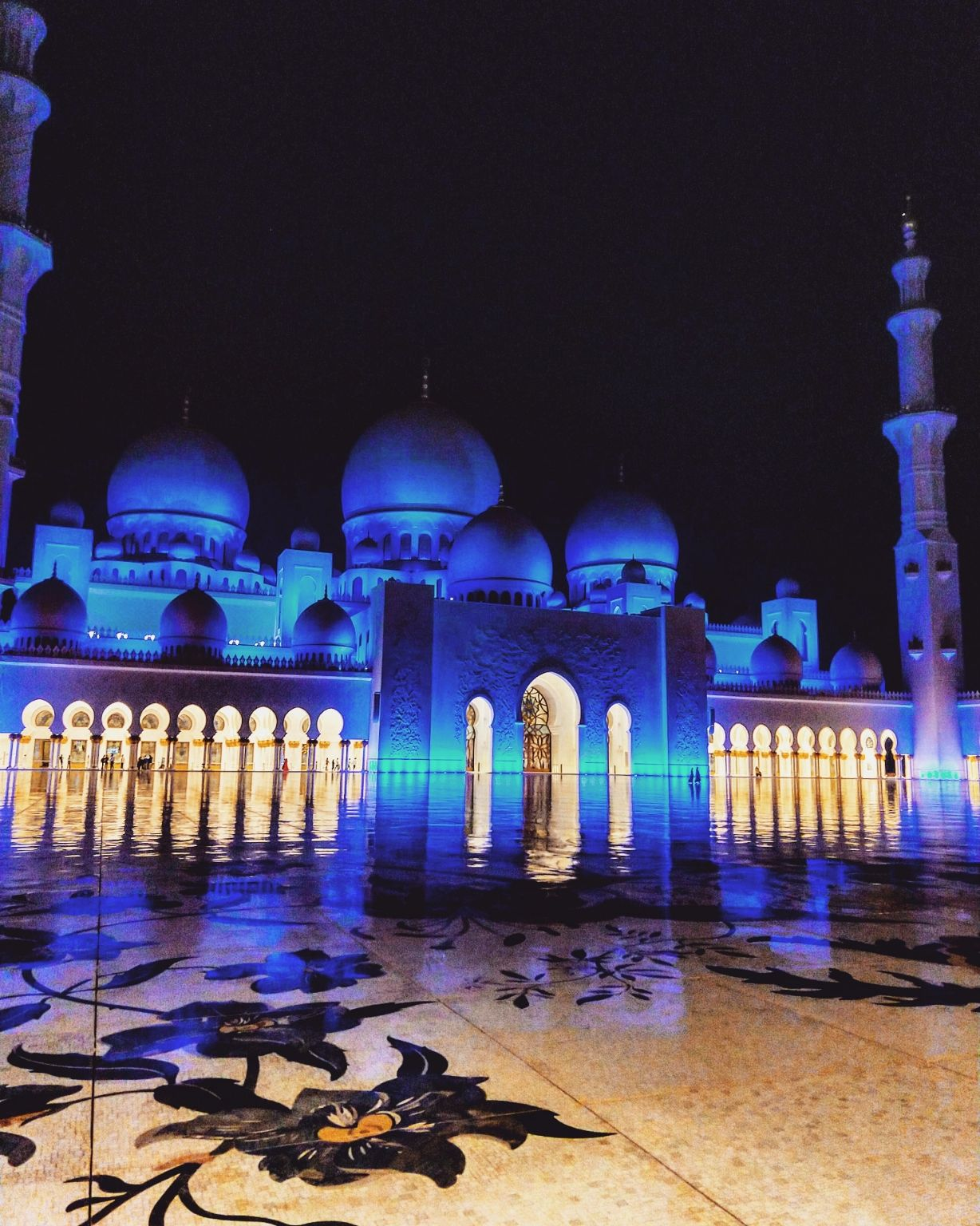 Photo of UAE By Shruti Hariharan