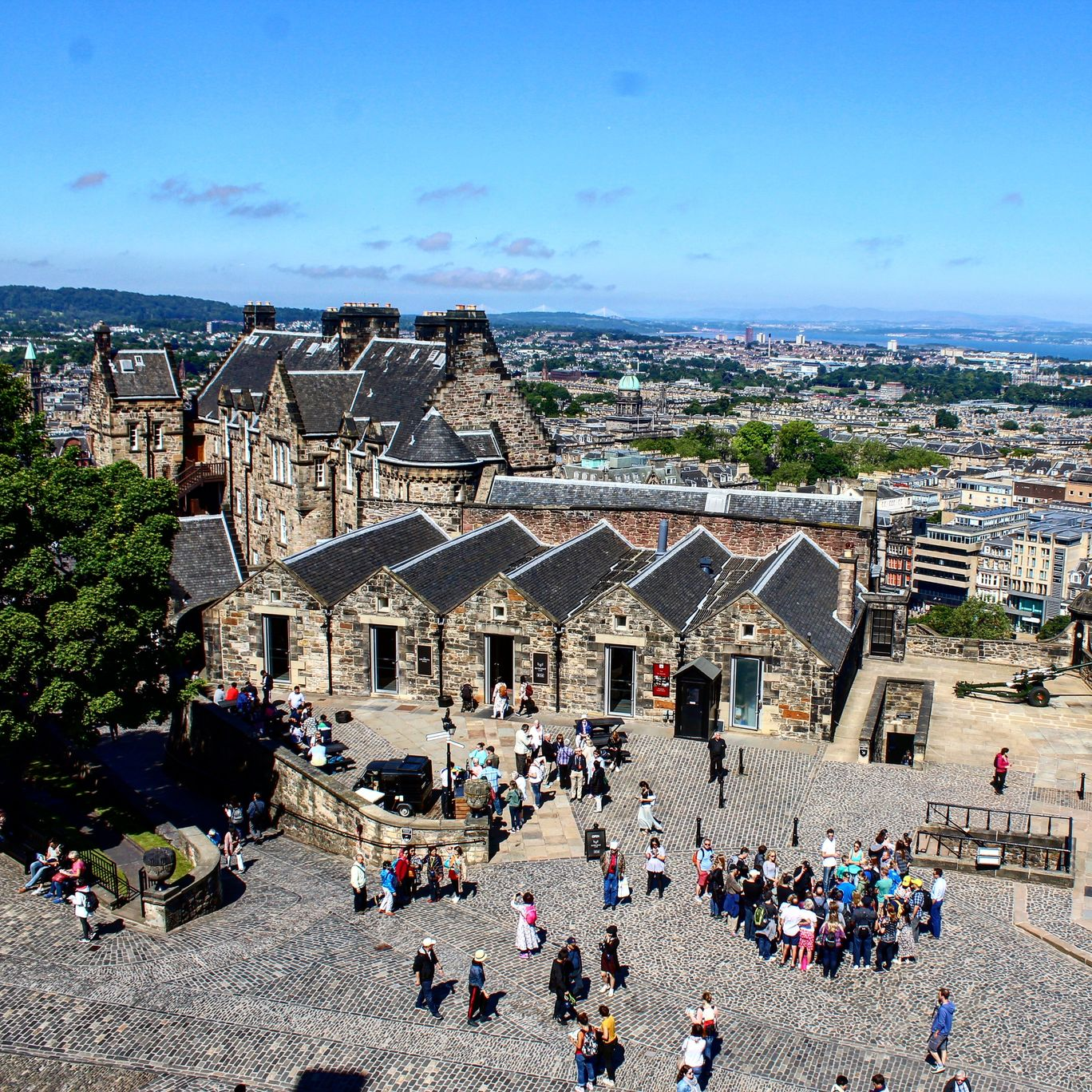 Photo of Edinburgh Castle By Sharly